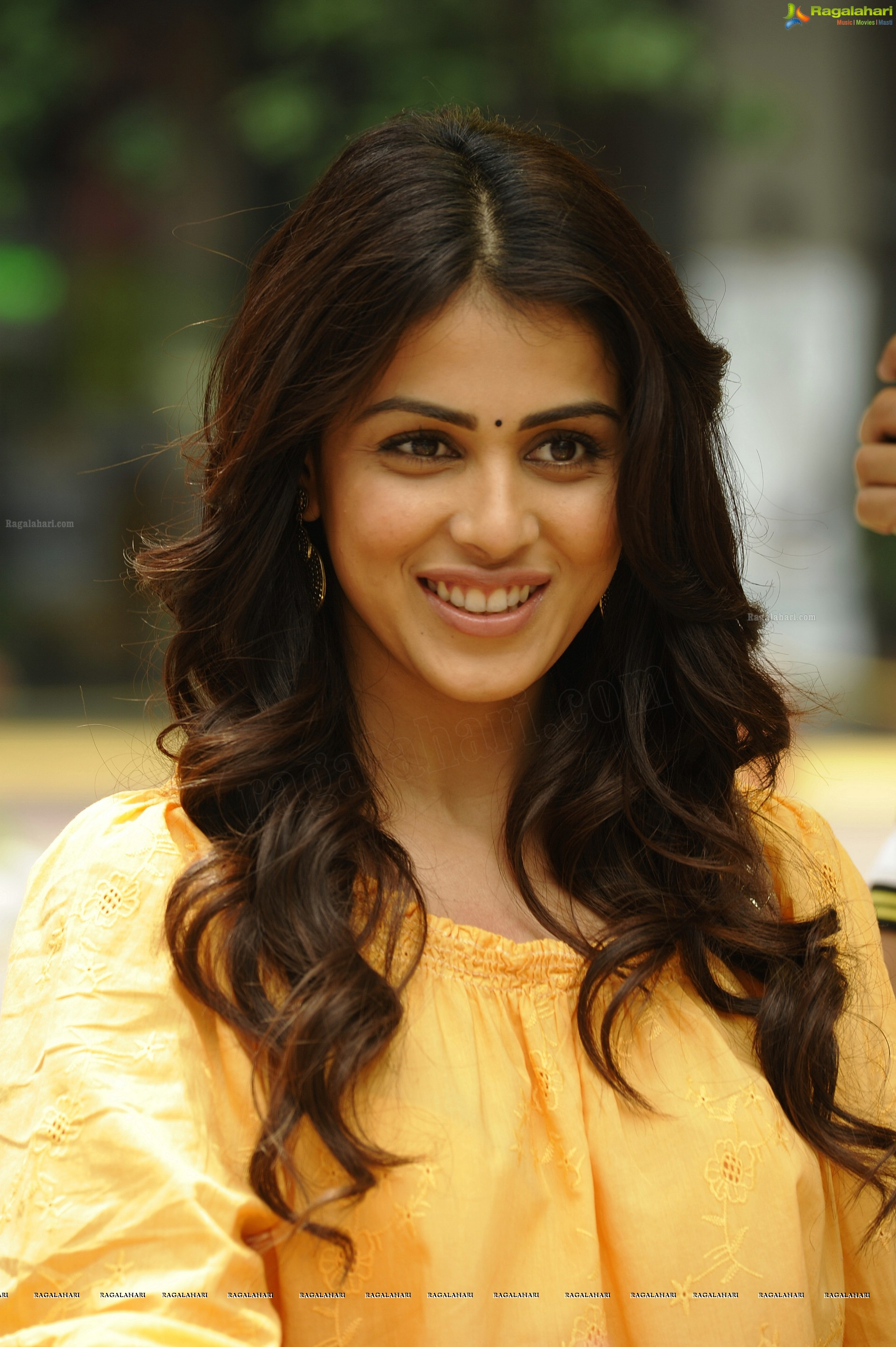 genelia (hd) image 16 | beautiful tollywood actress photos,images