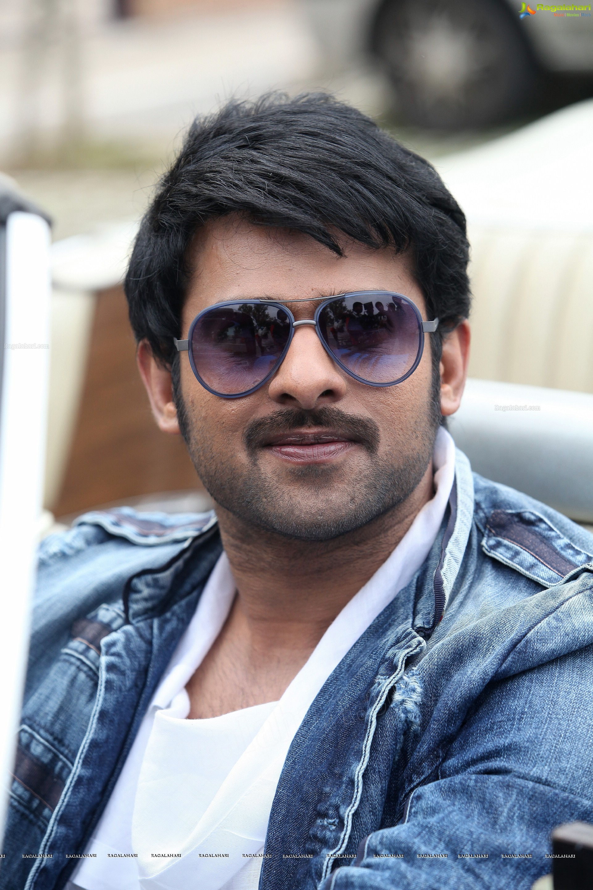 rebel star prabhas high definition stills from mirchi (44 photos)