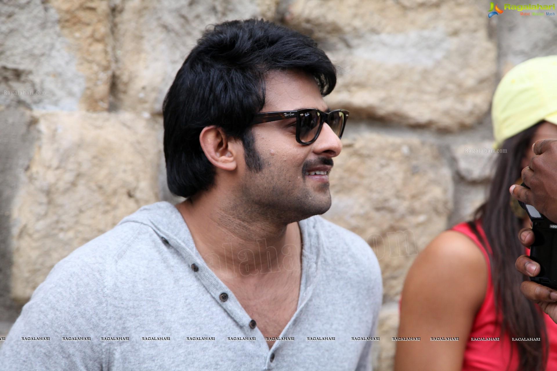 Prabhas Mirchi Telugu Movie 2013 Wallpapers Hd: Telugu Cinema Hero Photos Gallery
