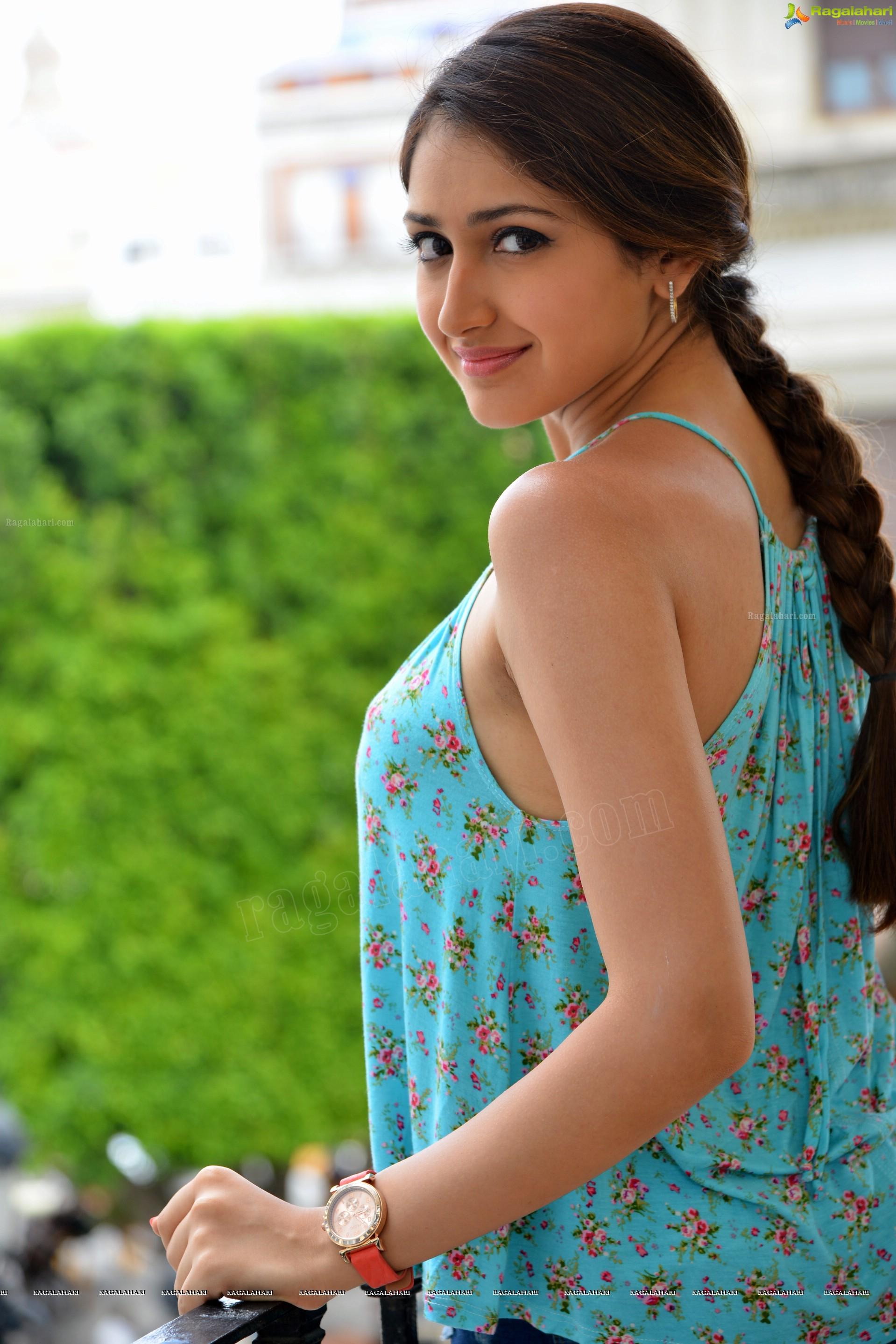 Priyanka chopra nude porn photos and videos