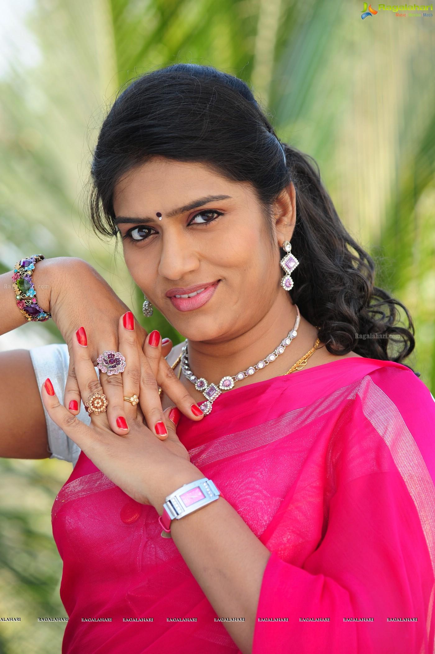 Bhavana posters image 51 tollywood heroines postersimages latest news altavistaventures Gallery