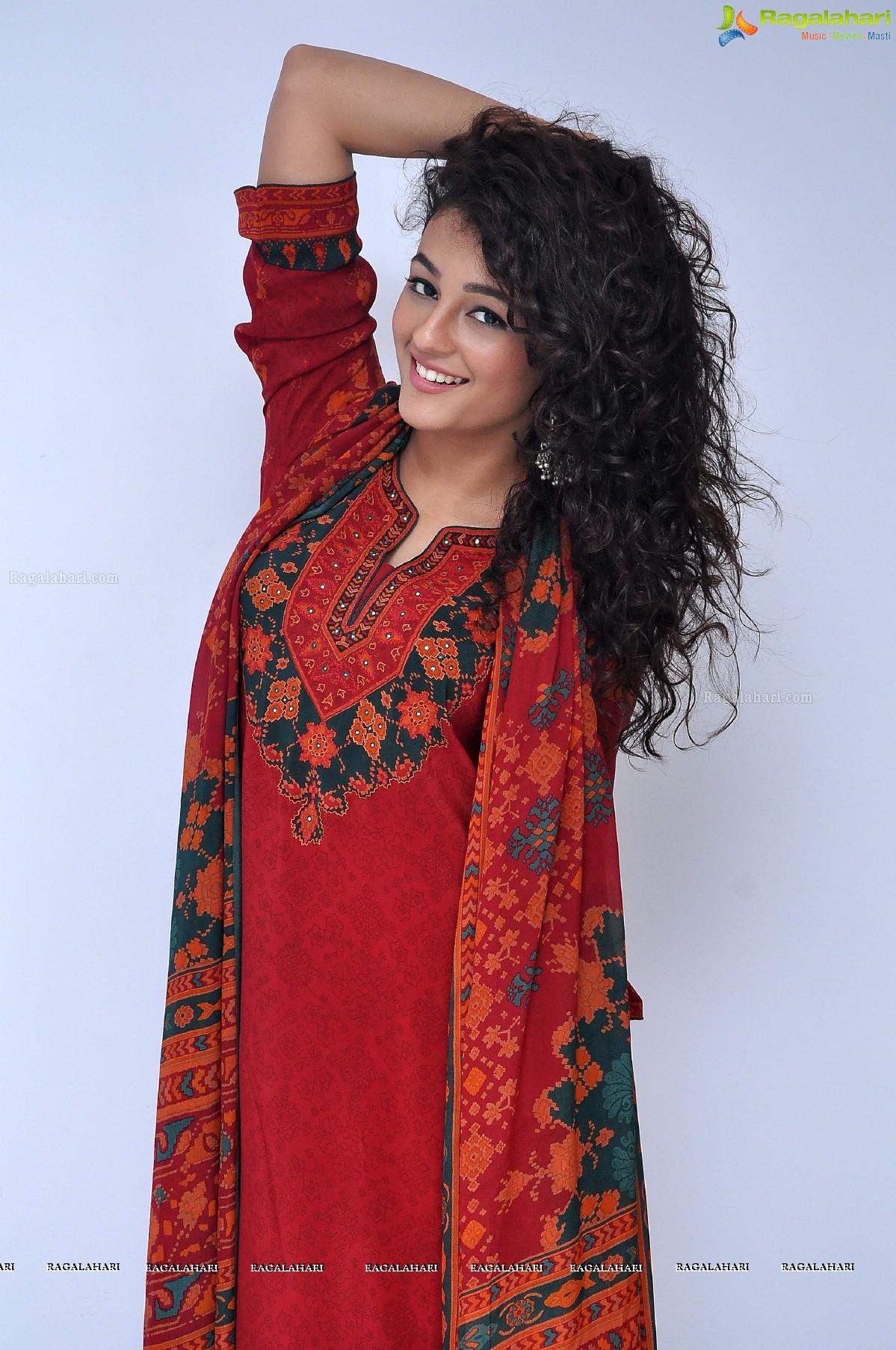 Seerat Kapoor Image 85 Telugu Cinema Heroines Photos Gallery