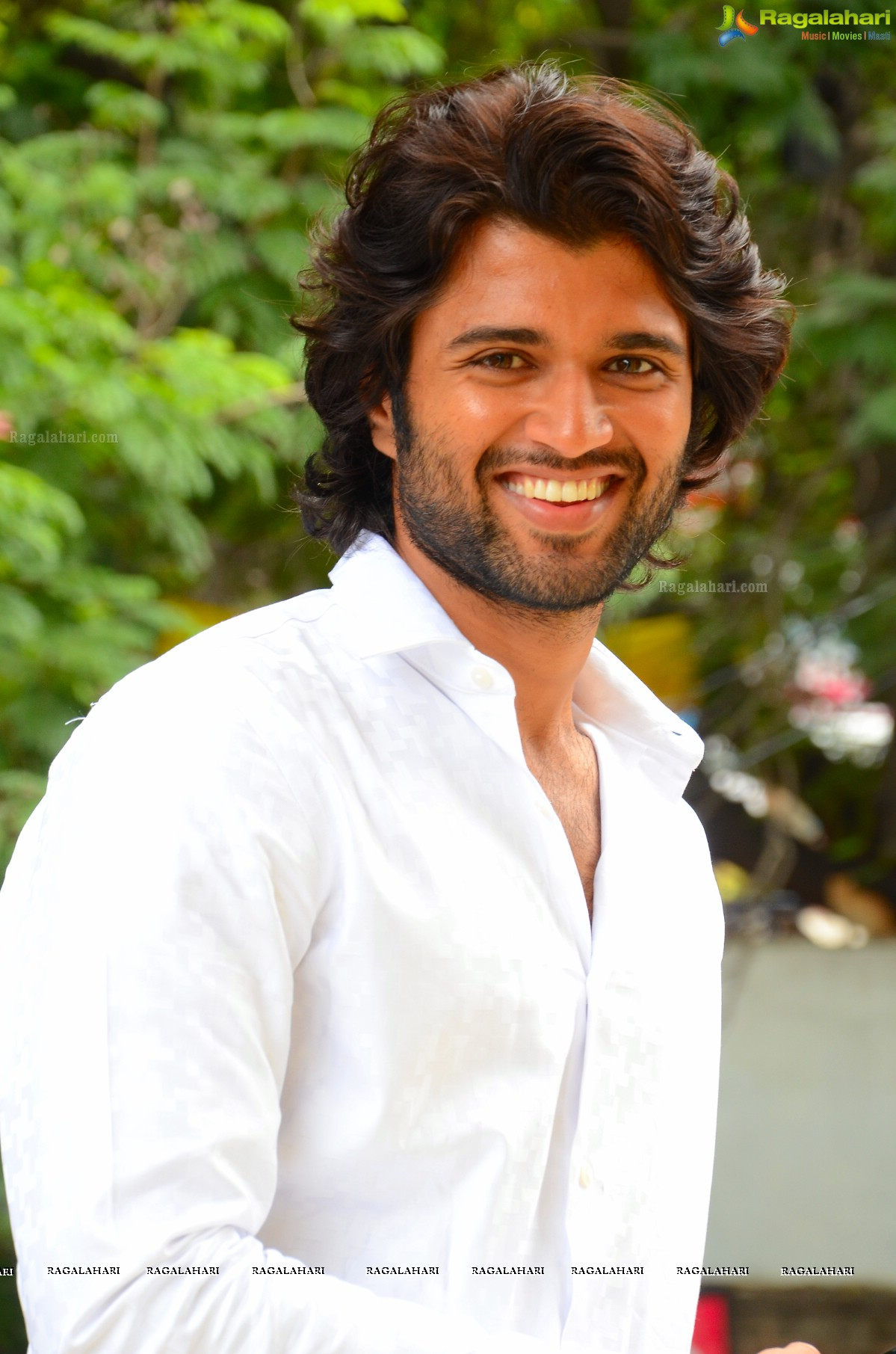 Vijay Devarakonda Image 18 Telugu Cinema Hero Photos Gallery