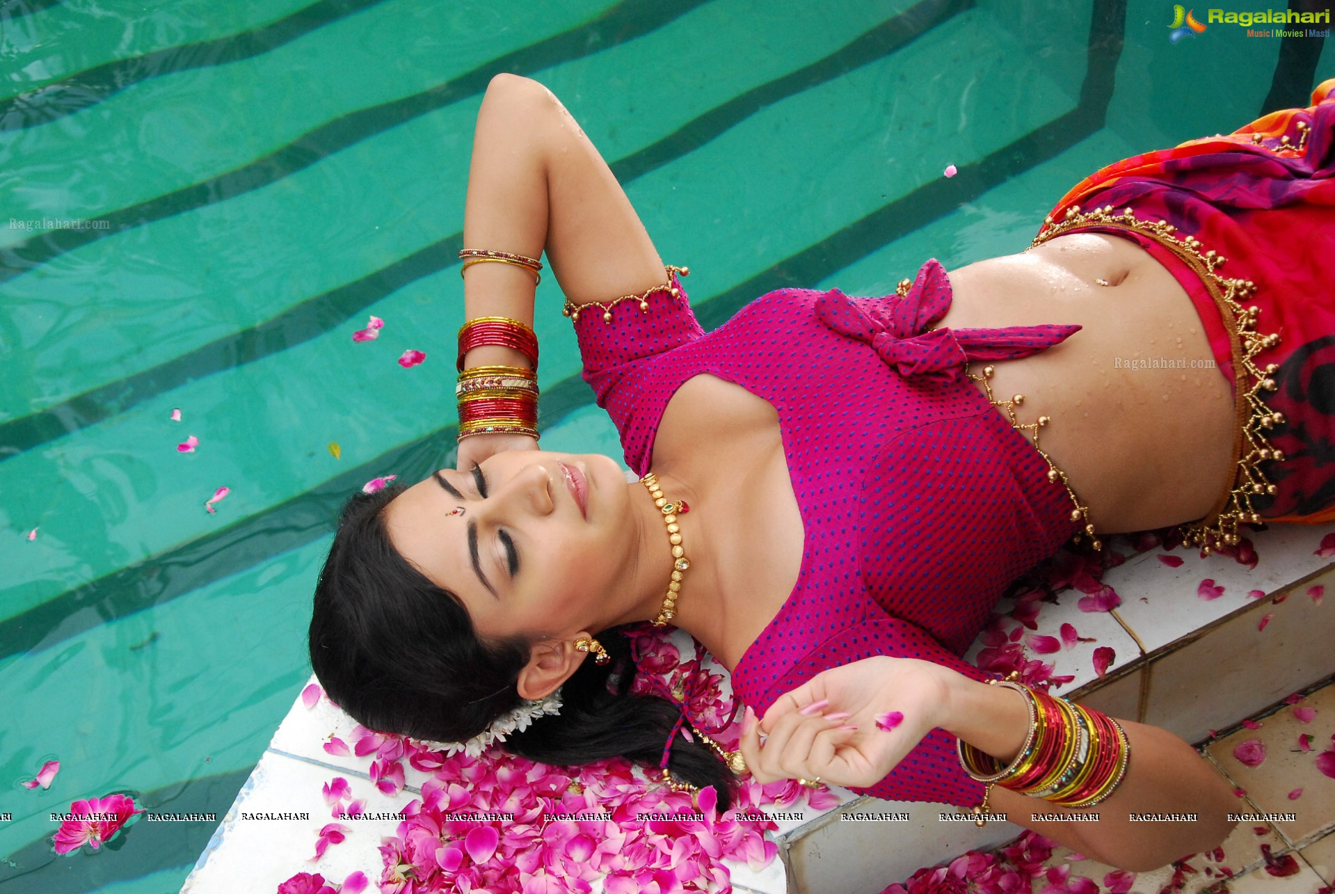 Neelam Upadhyaya Hot In Pink Dress Showing Hips