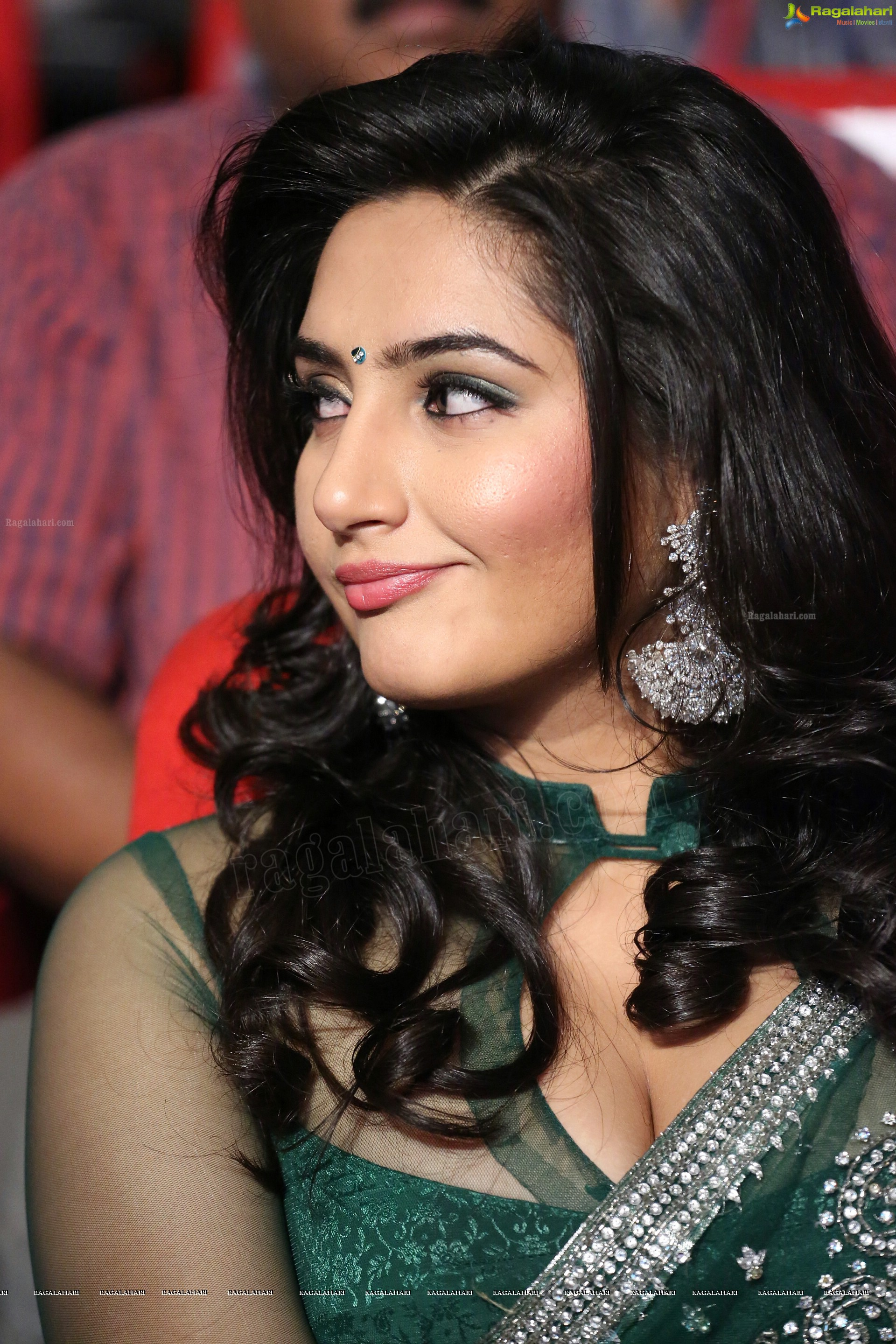 Watch Ragini Dwivedi video