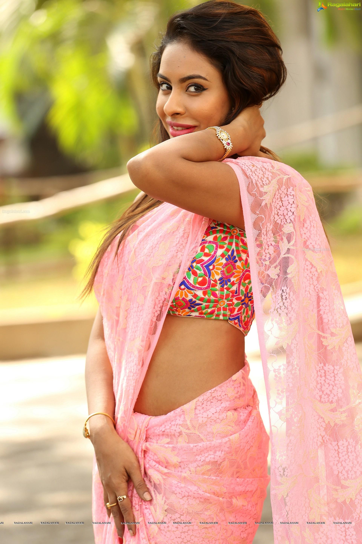 Sri Reddy Mallidi High Definition Srireddy Hot Photos