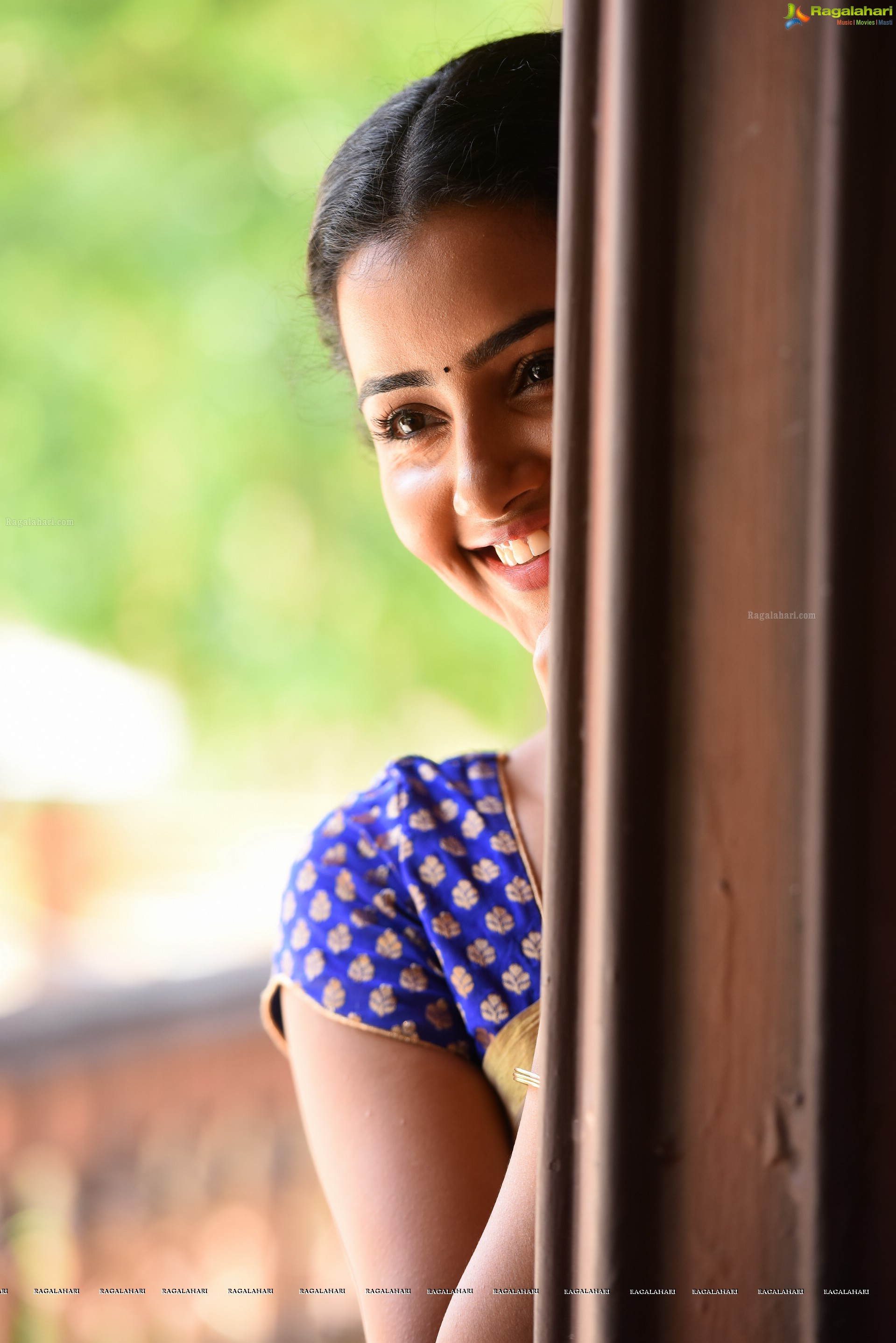 Anupama Parameswaran Hd Wallpapers
