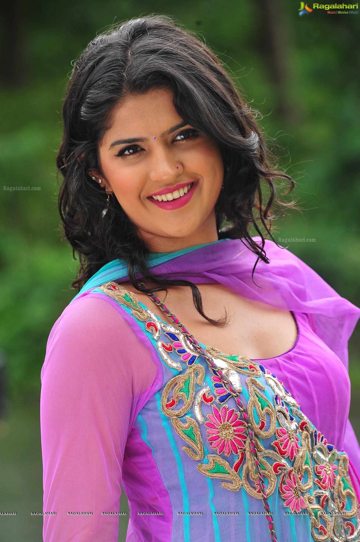 deeksha seth (posters) image 23 | latest tollywood actor photos