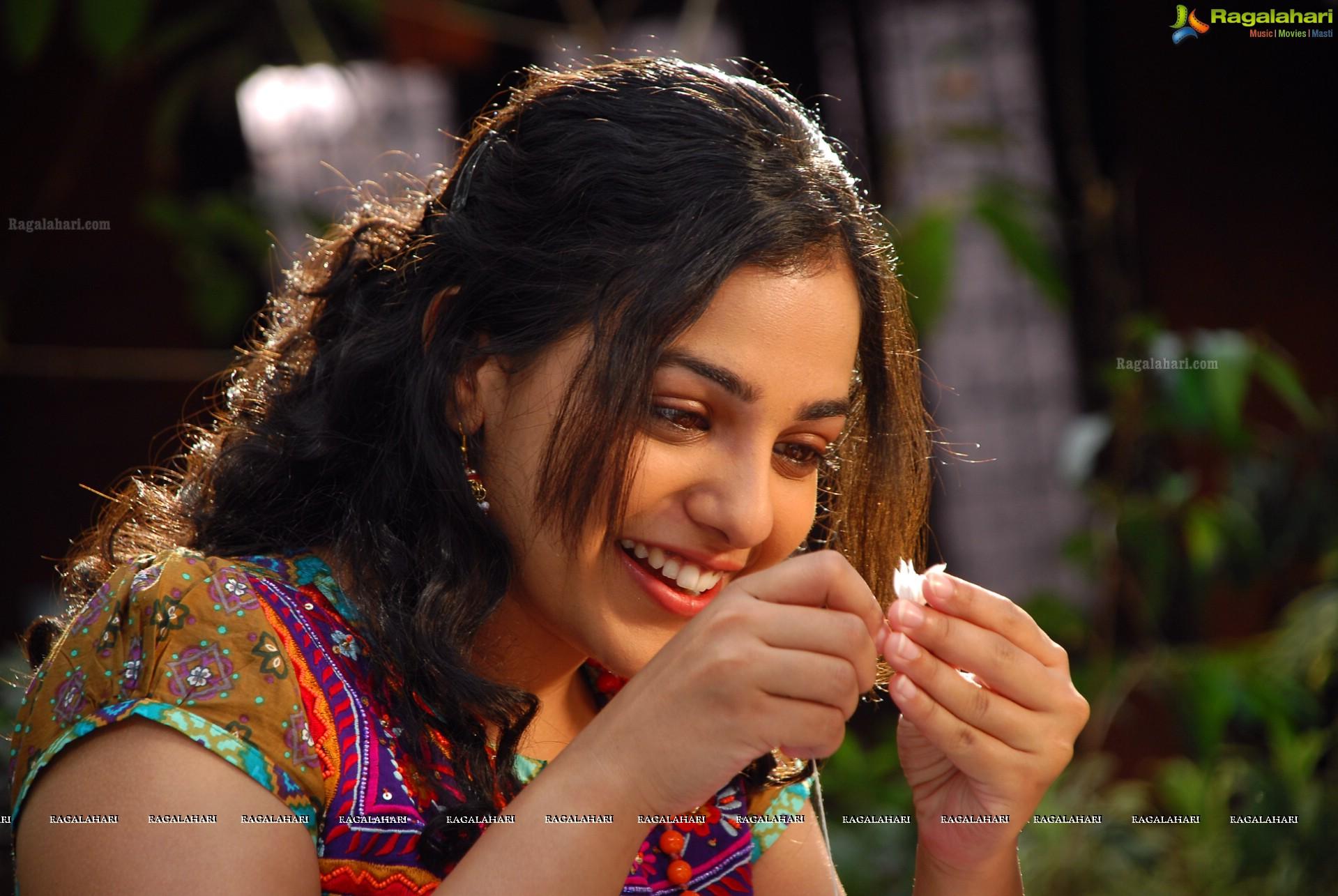 nithya menon (hd) image 4 | telugu heroines gallery,images, photos