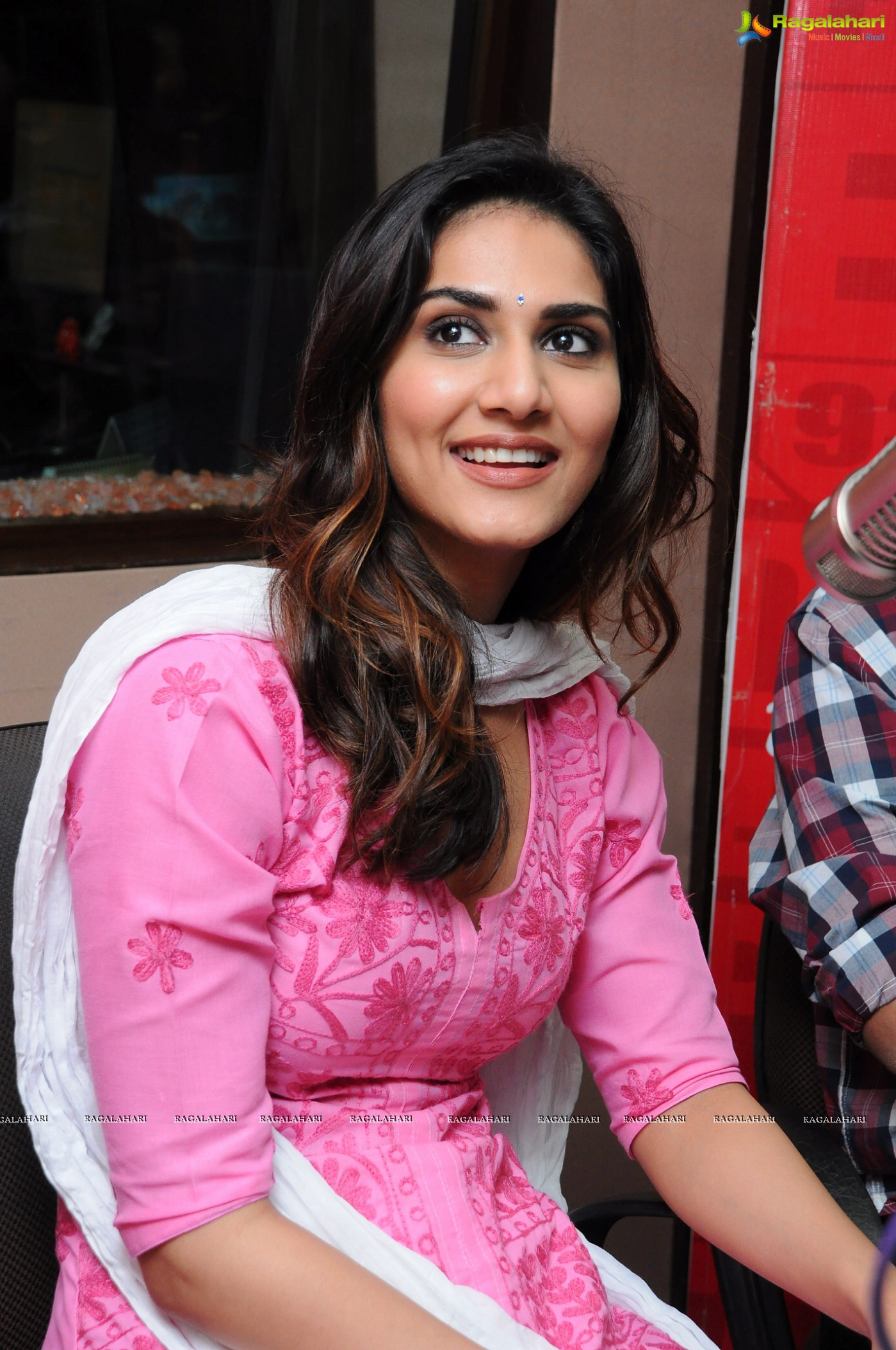 Vaani Kapoor High Definition Image 28 Beautiful Tollywood