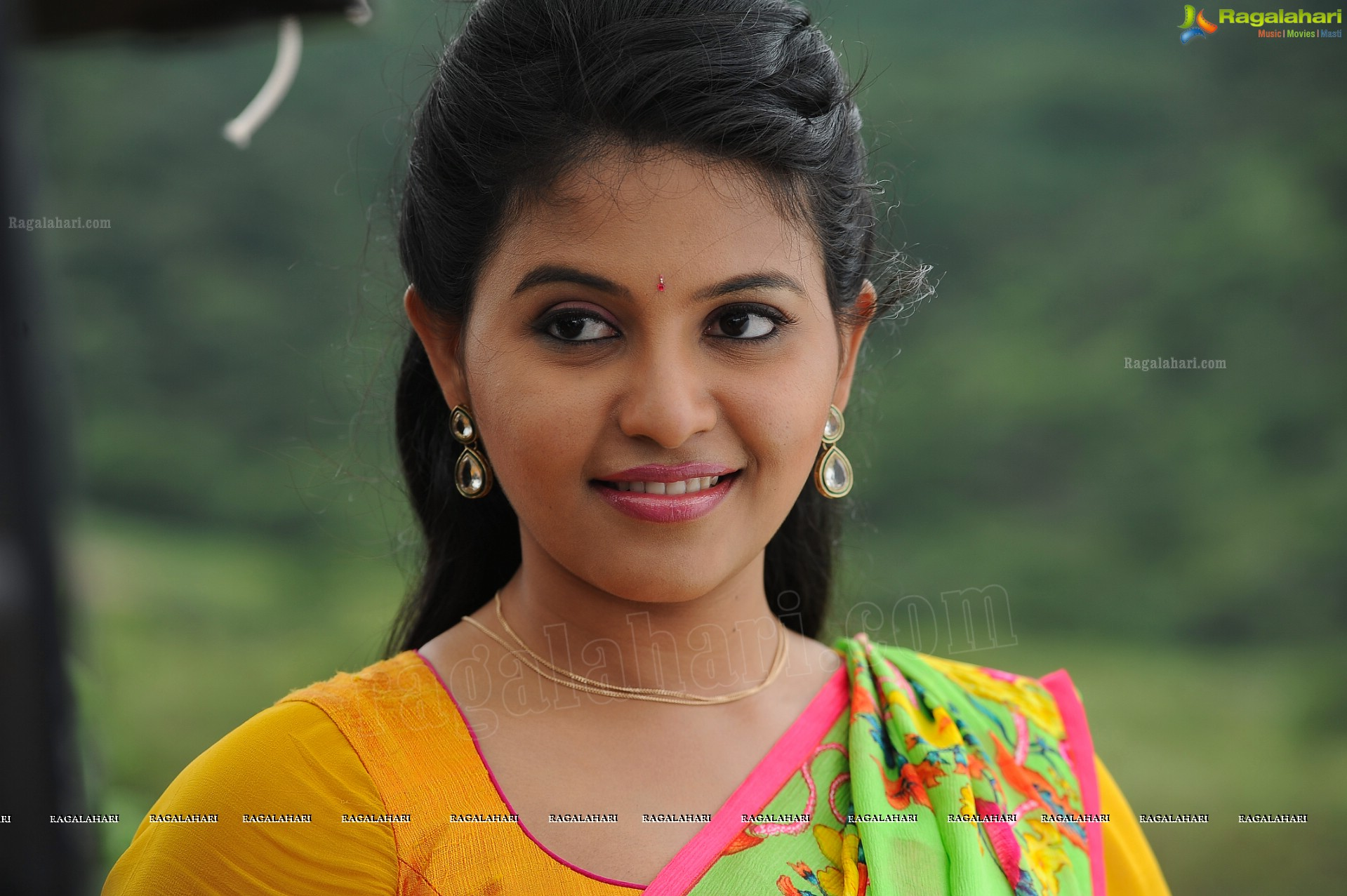 anjali (high definition) image 10 | tollywood actress posters,images