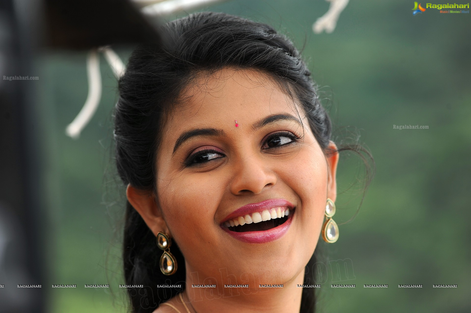 anjali (high definition) image 11 | tollywood heroines wallpapers