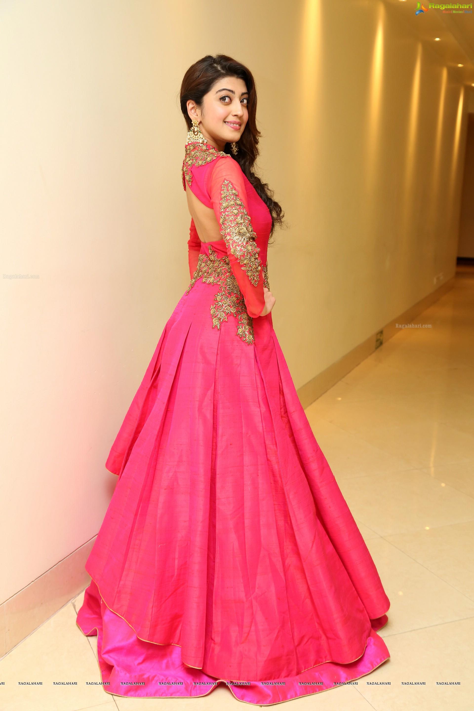 Pranitha Subhash (High Definition) Image 36 | Telugu Heroines ...