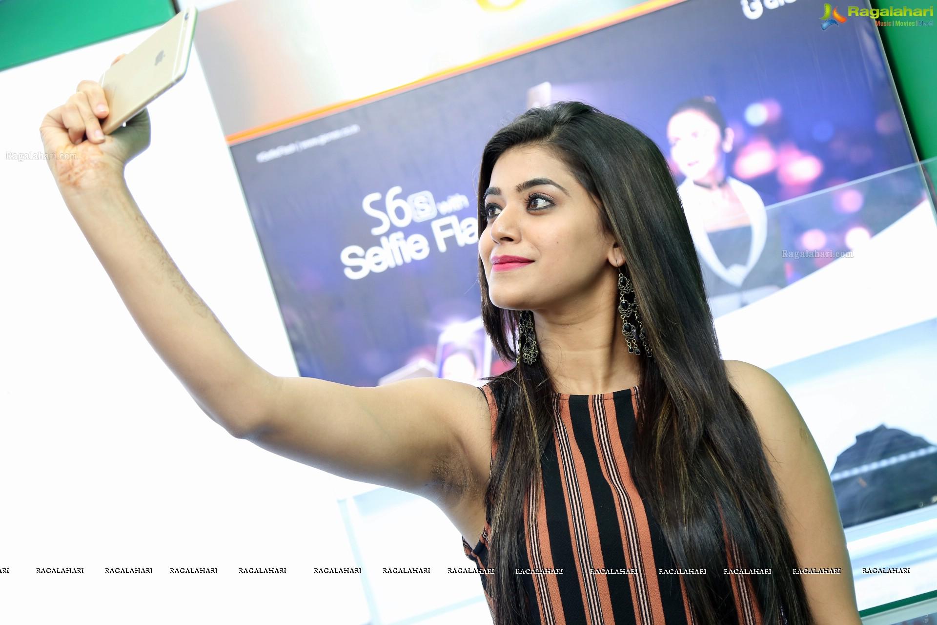 Yamini Bhaskar Hairy Armpit