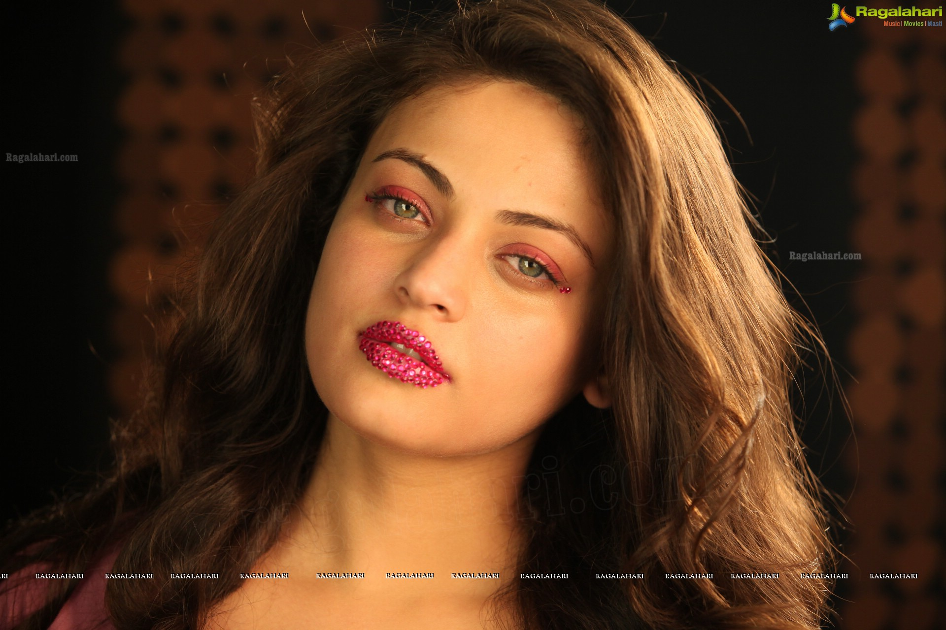 Communication on this topic: Adriana Russo, sneha-ullal/