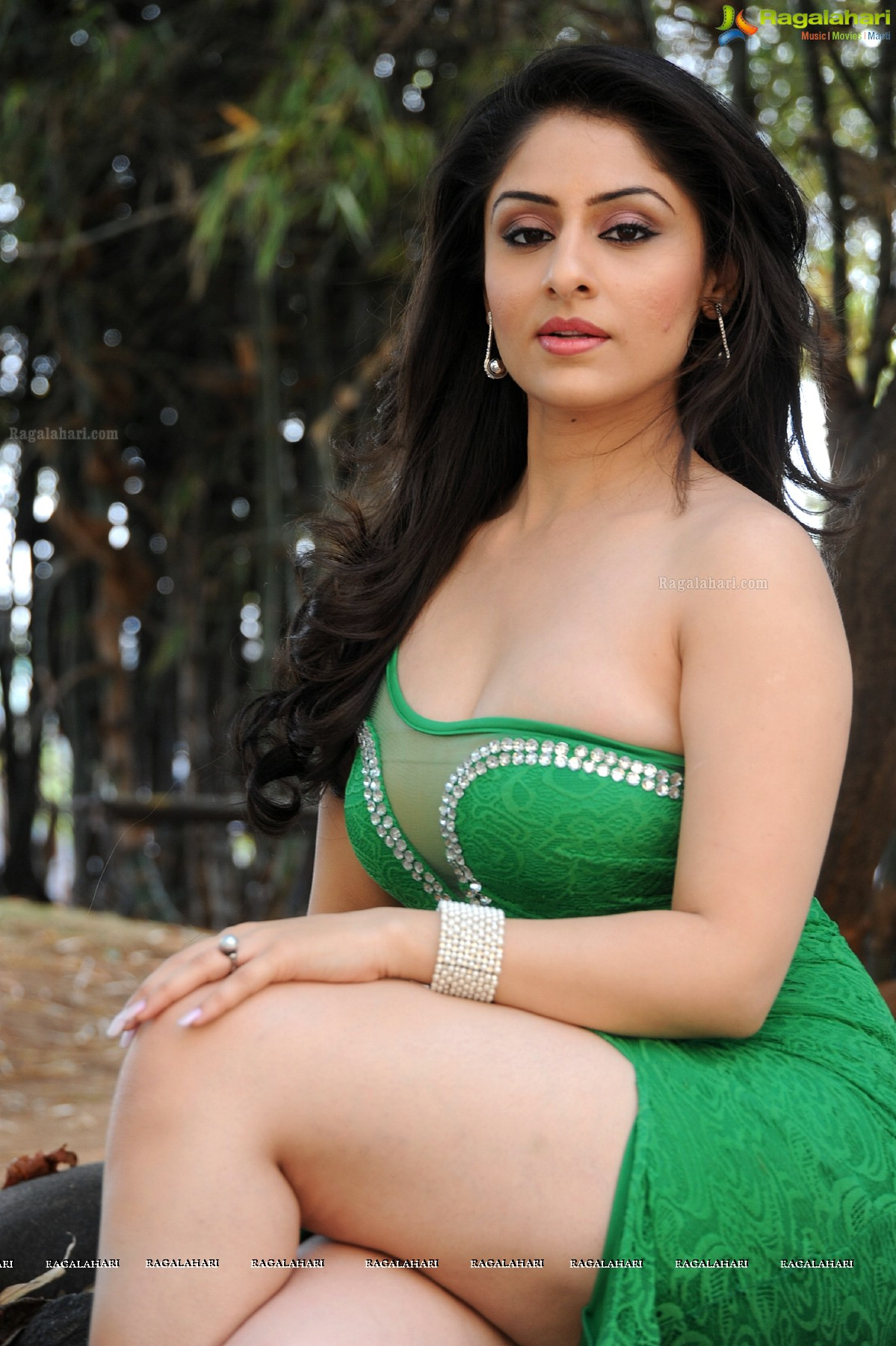 Ankitta Sharma 	2011 Ankitta Sharma 	2011 new picture