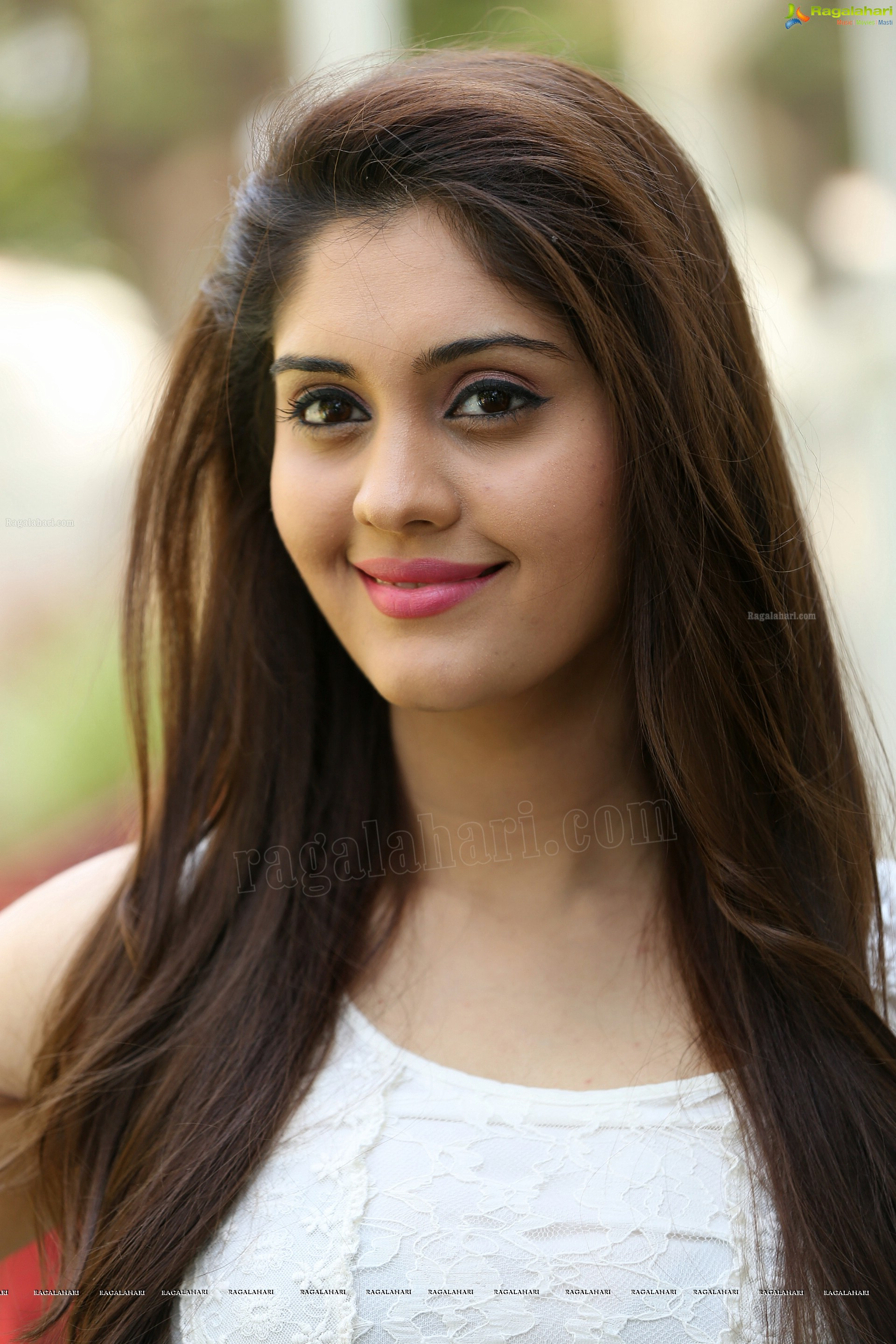 surabhi (high definition) image 31 | telugu actress stills,images