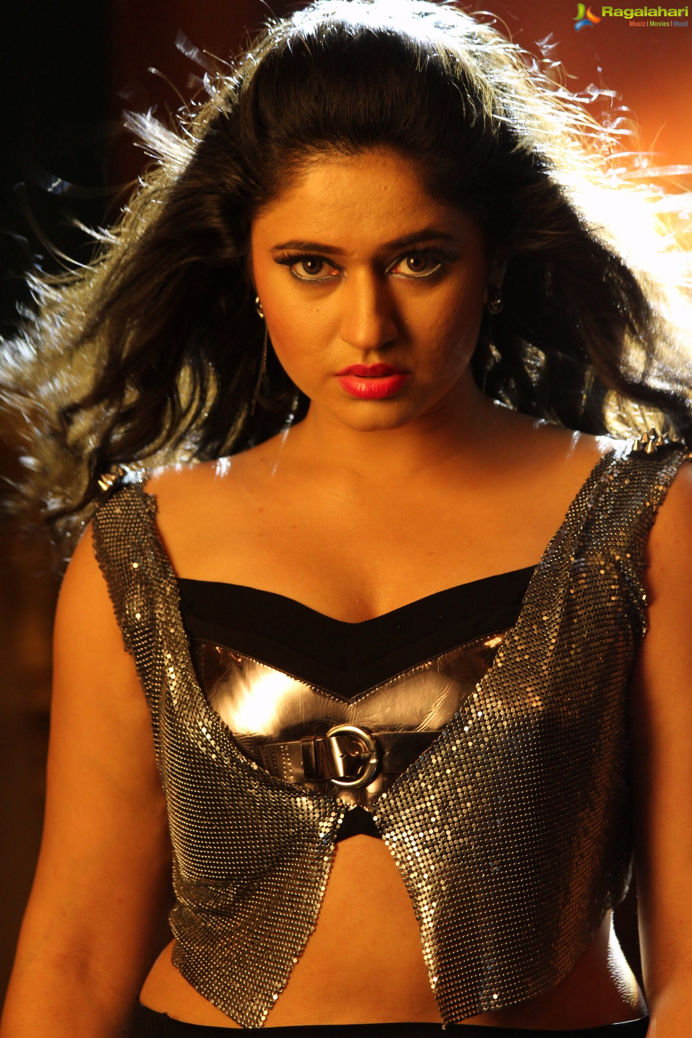 Poonam Bajwa (Posters) Image 109 | Telugu Actress Photos ...