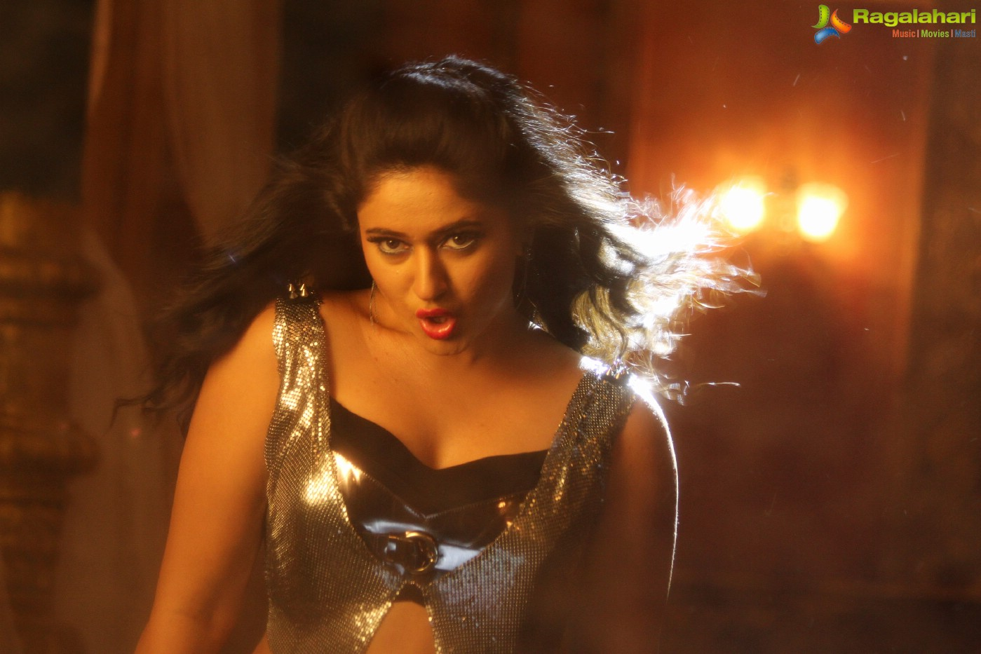 Poonam Bajwa (Posters) Image 3 | Telugu Actress Photo ...