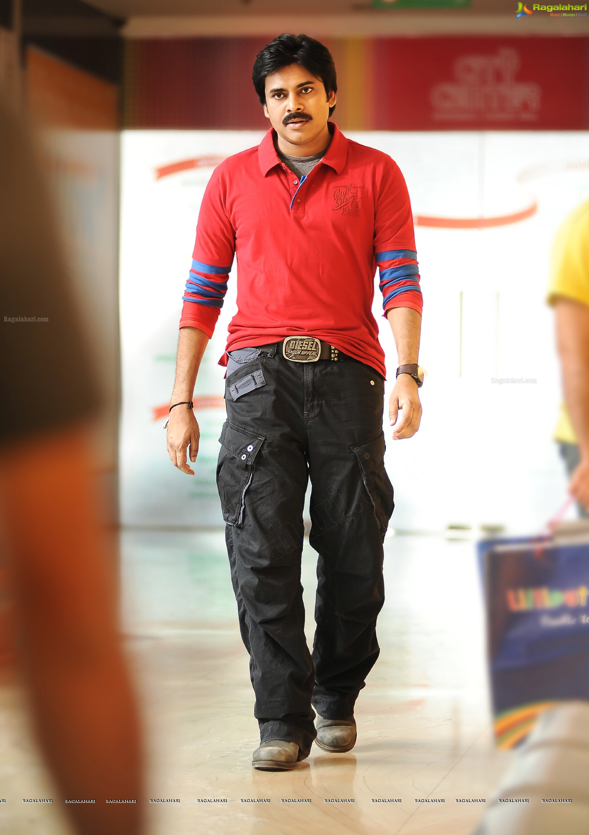 pawan kalyan (high definition) image 1 | telugu heroines photos