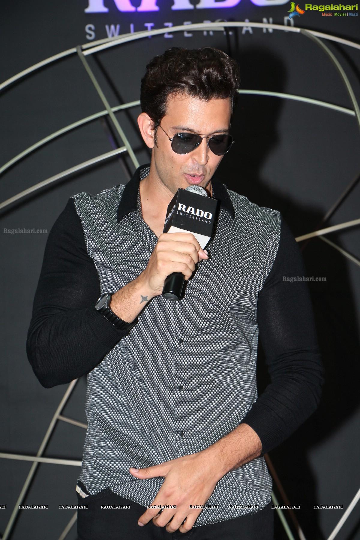hrithik roshan image 48 latest tollywood actor photos photoshoot
