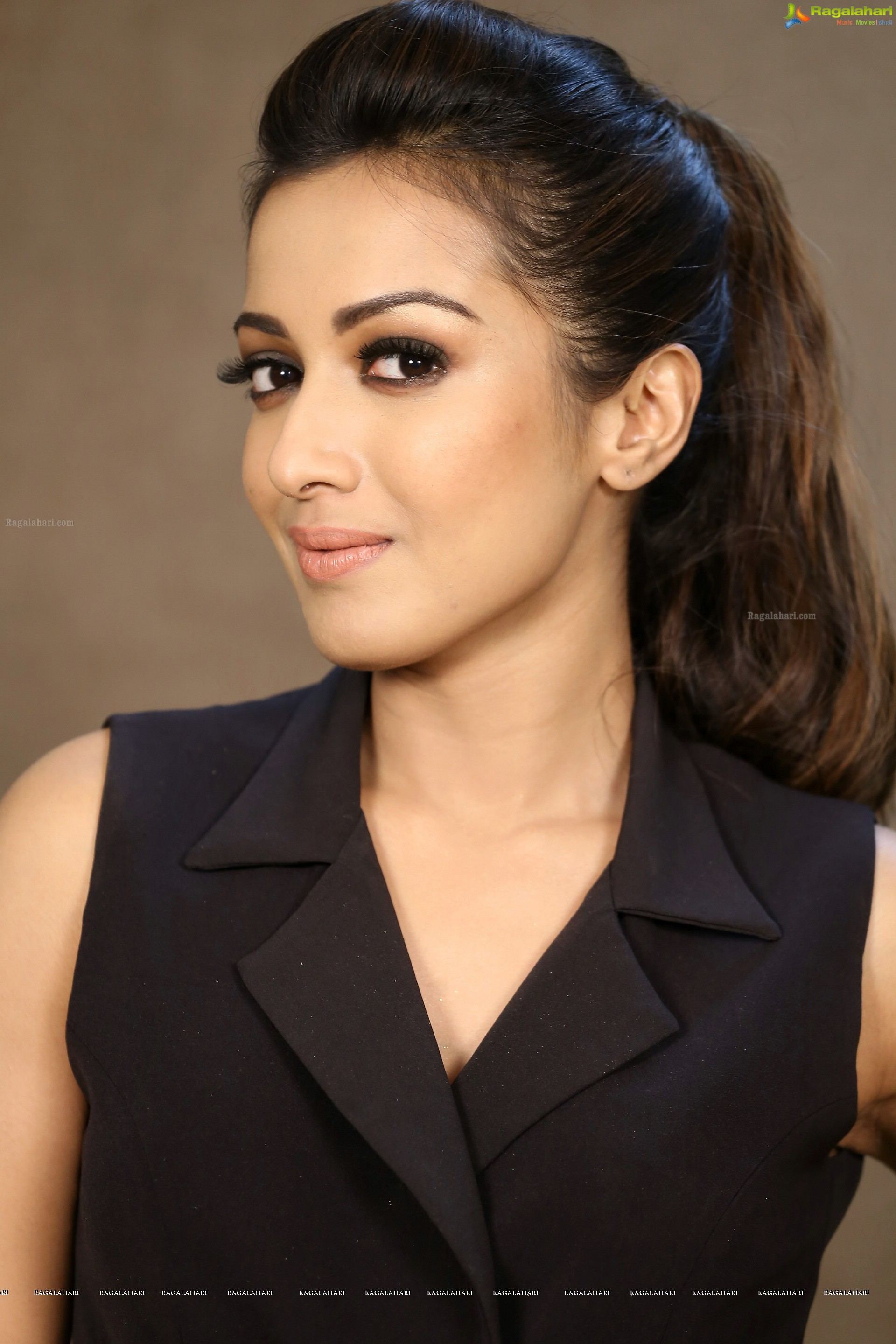 Catherine Tresa Nude Photos 89