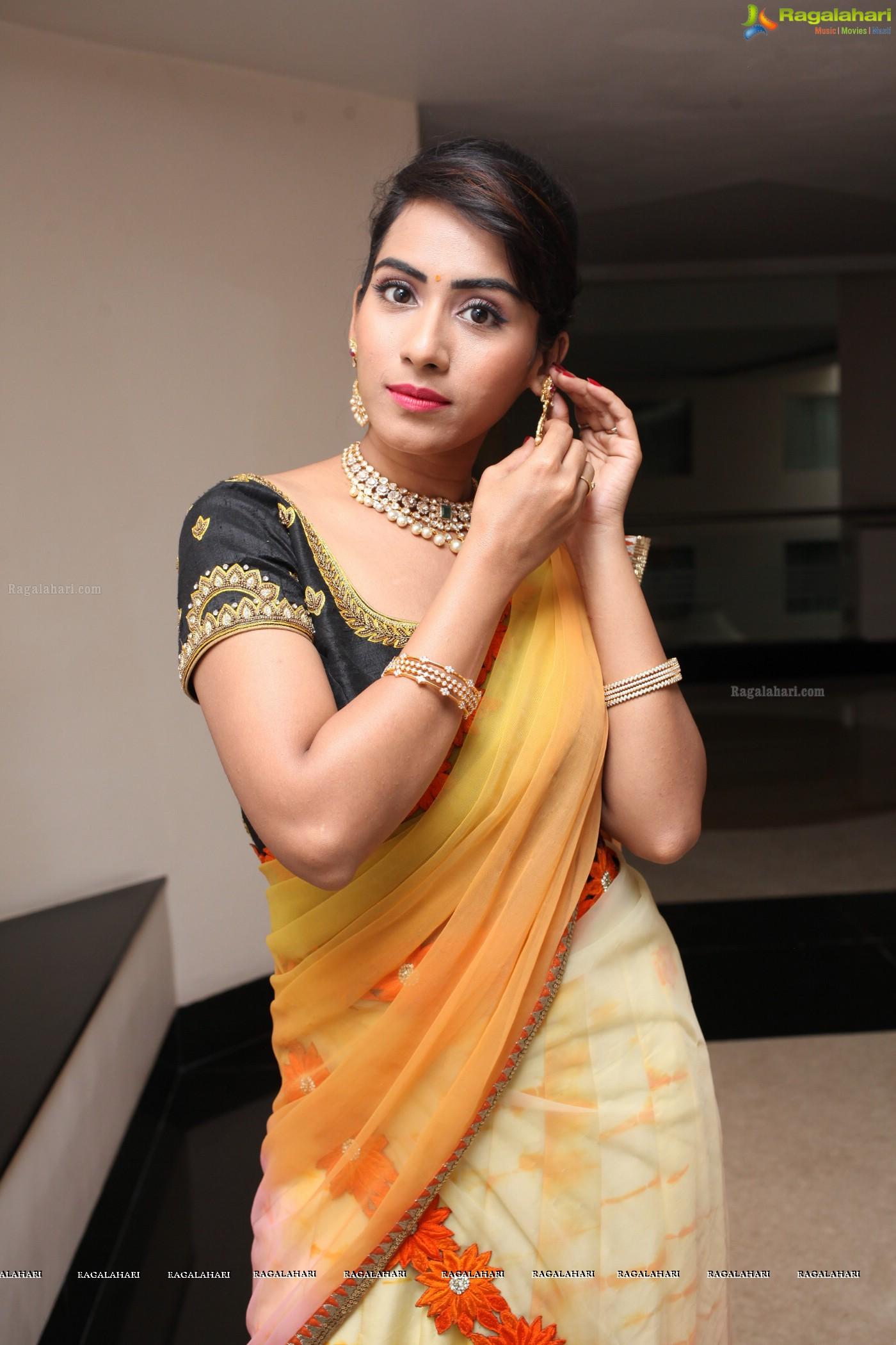 Preethi Singh (Posters) Image 5 : Telugu Actress Stills ...