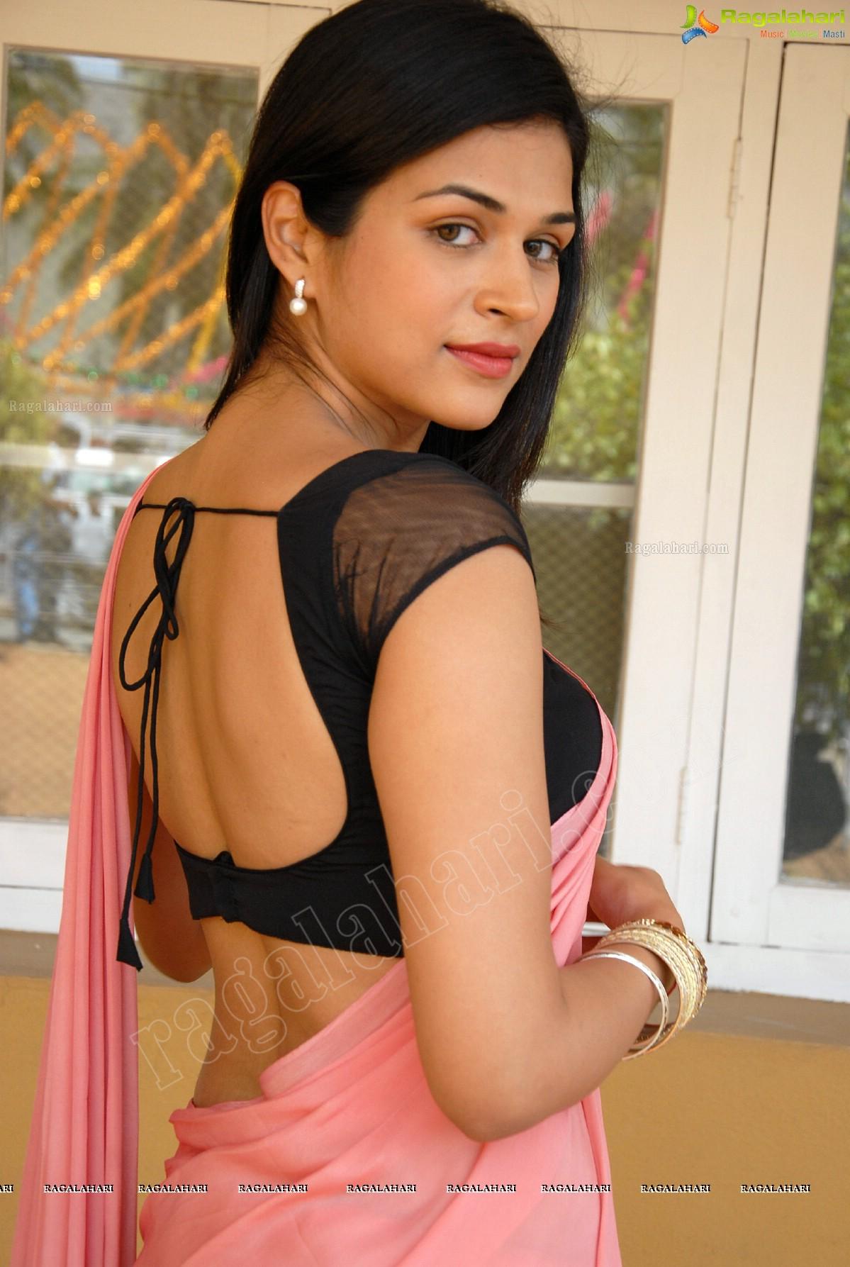 Shraddha Das (Hi-Res) Image 9 | Tollywood Actress ...