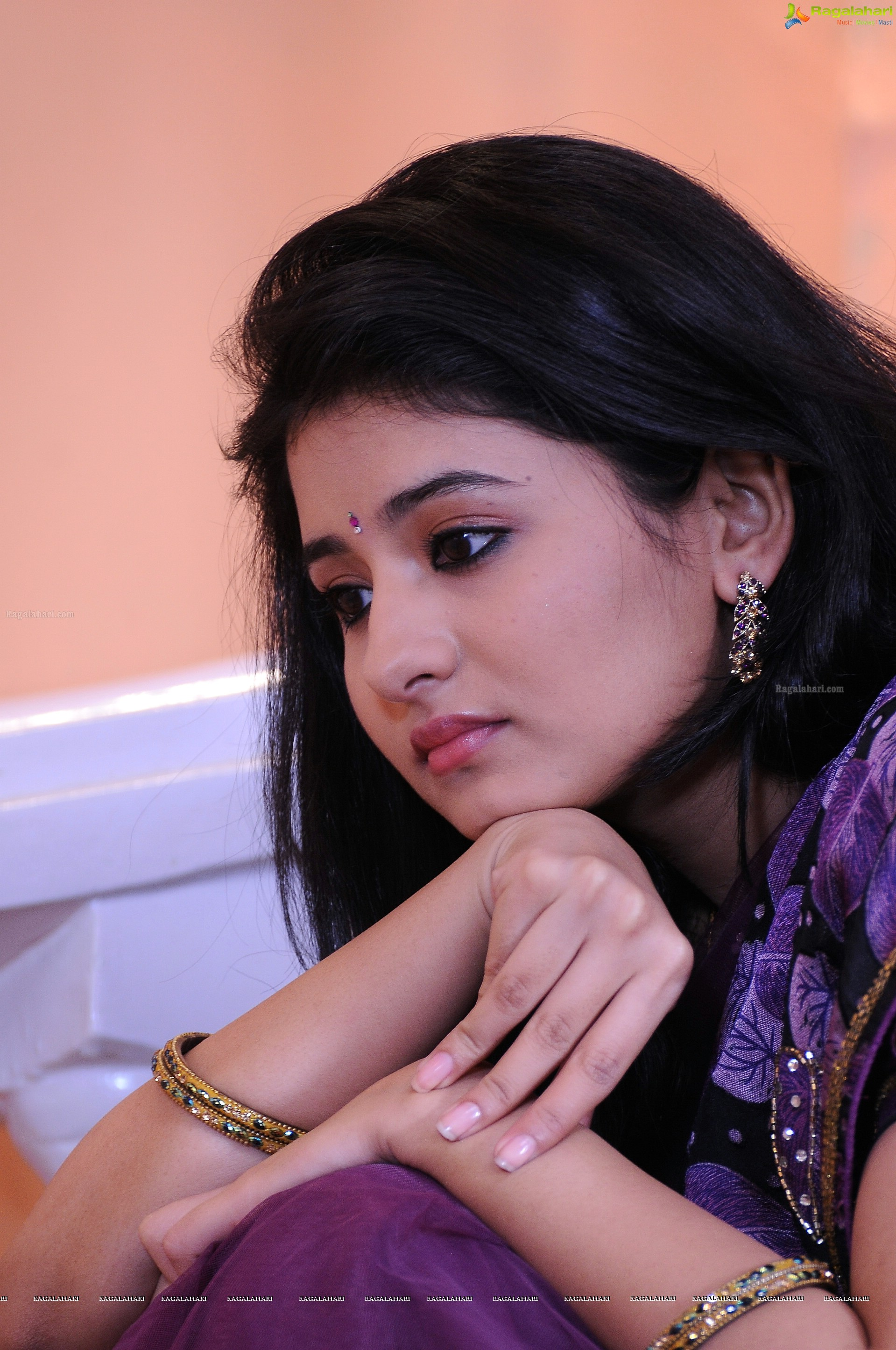 Reshmi Menon High Definition Image 51 Telugu Heroines Wallpapers