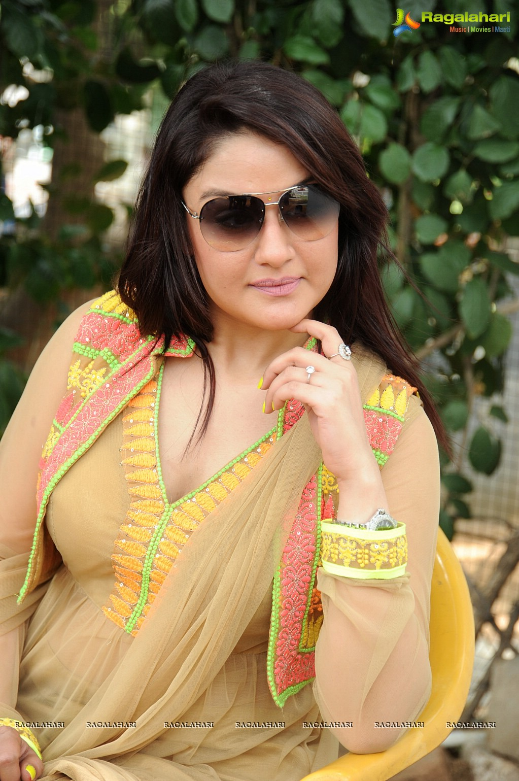 Watch Sonia Agarwal video