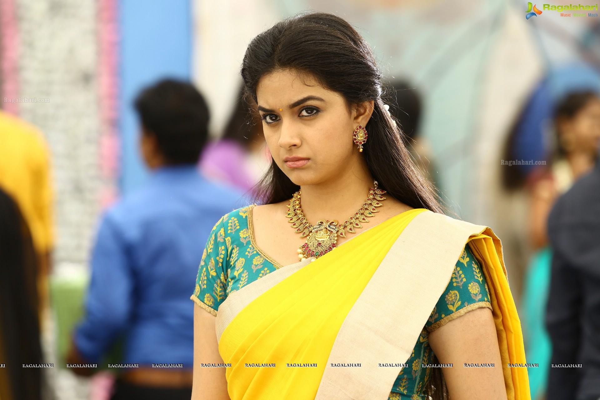 tamil actress keerthy suresh high definition photos