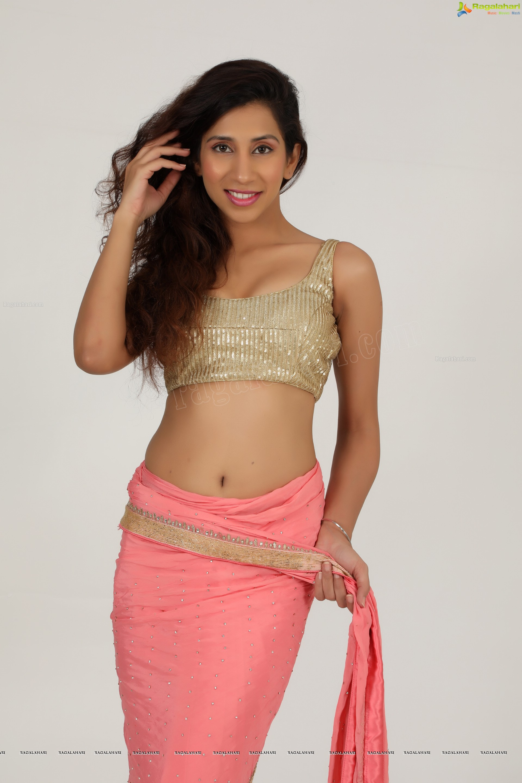 Kanika Khanna Exclusive High Definition Image 6