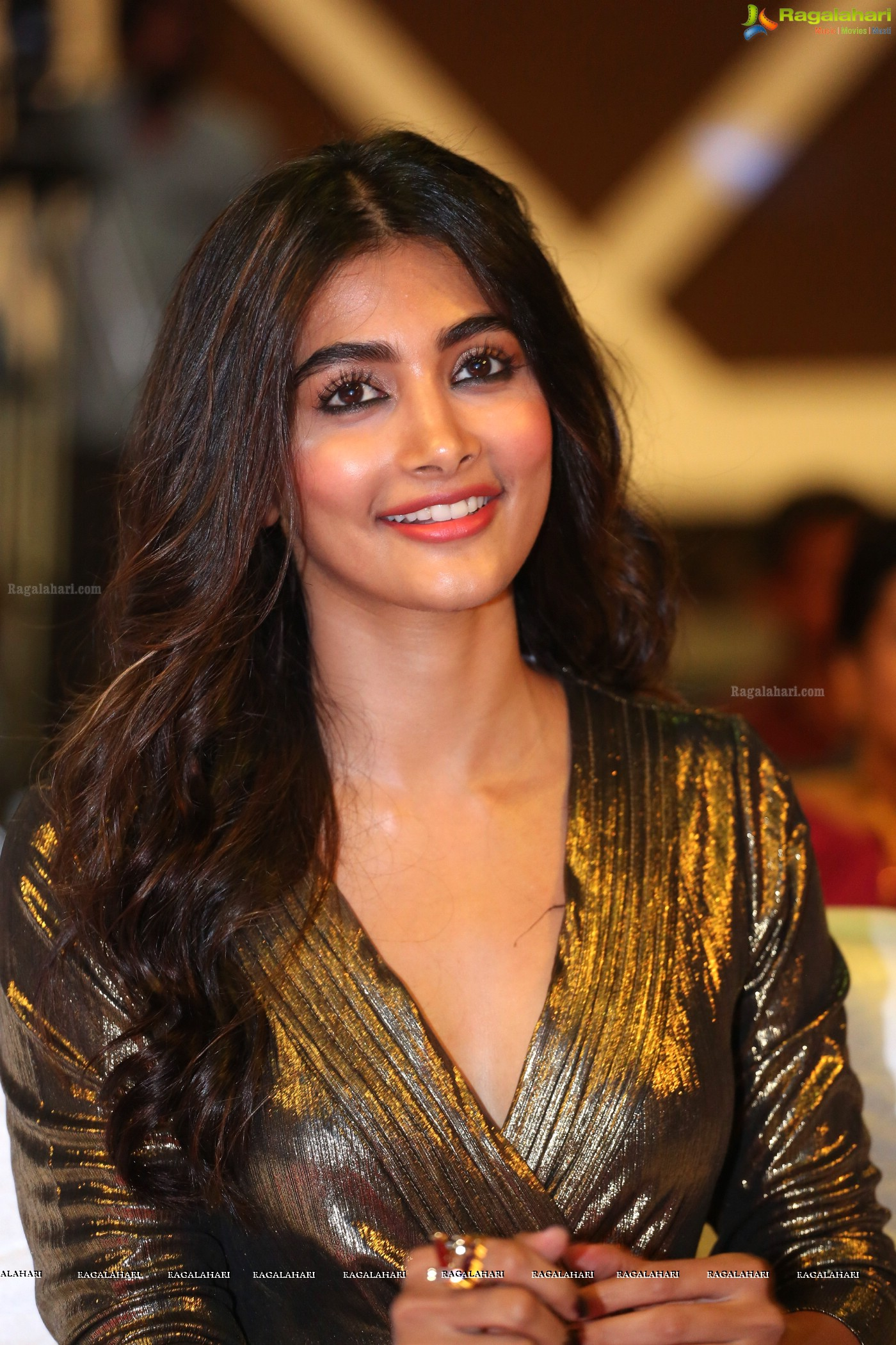 pooja hegde joins shoot of ntr-trivikram film