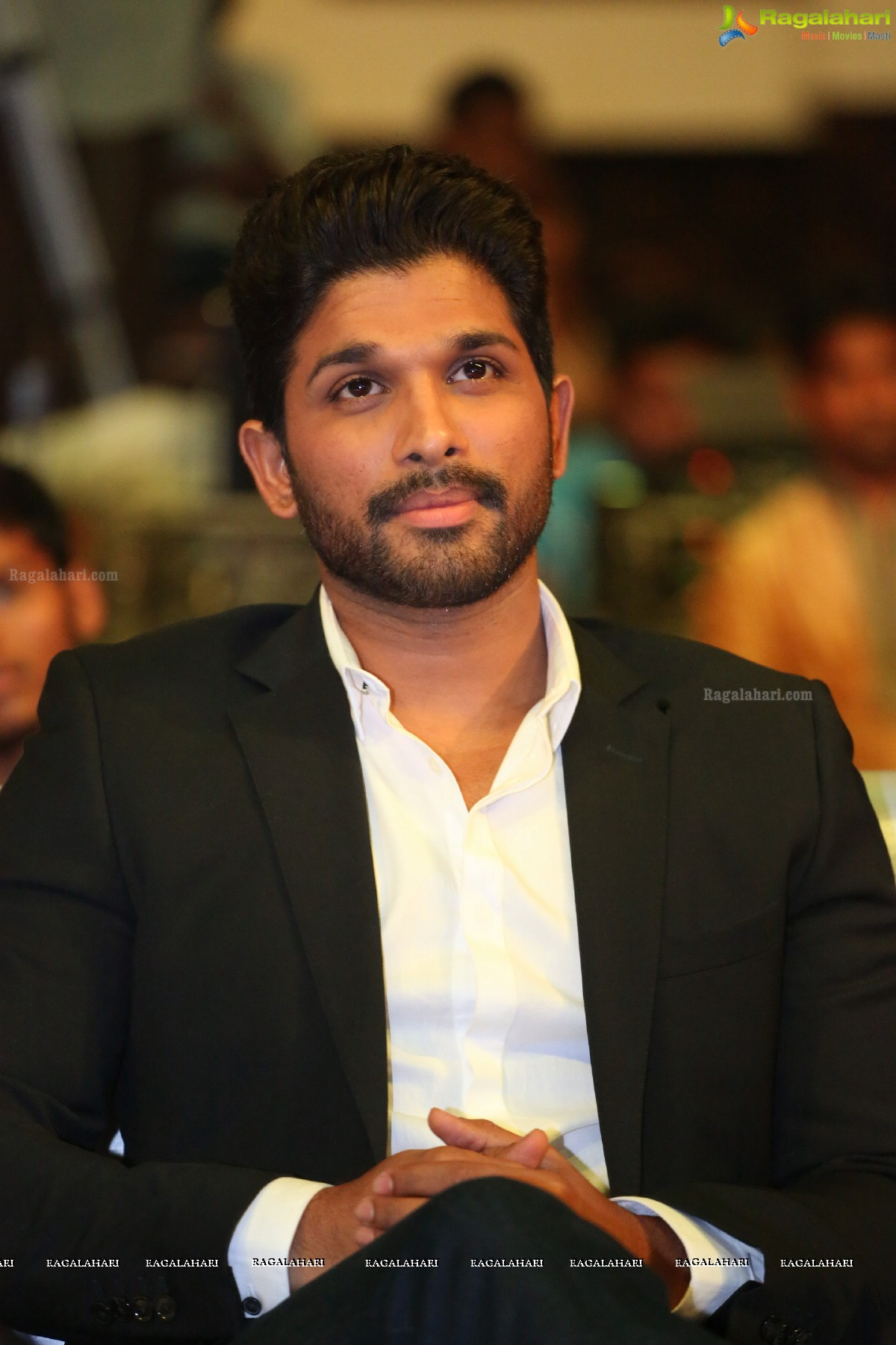 Allu Arjun Image 14 Tollywood Actress Images Photoshoot Wallpapers