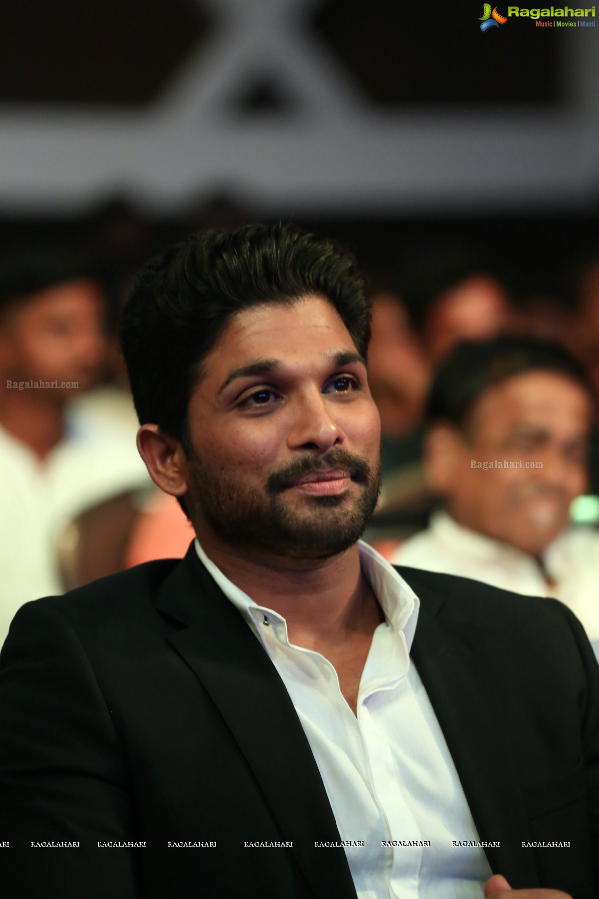 Allu Arjun Dj Movie Wallpaper