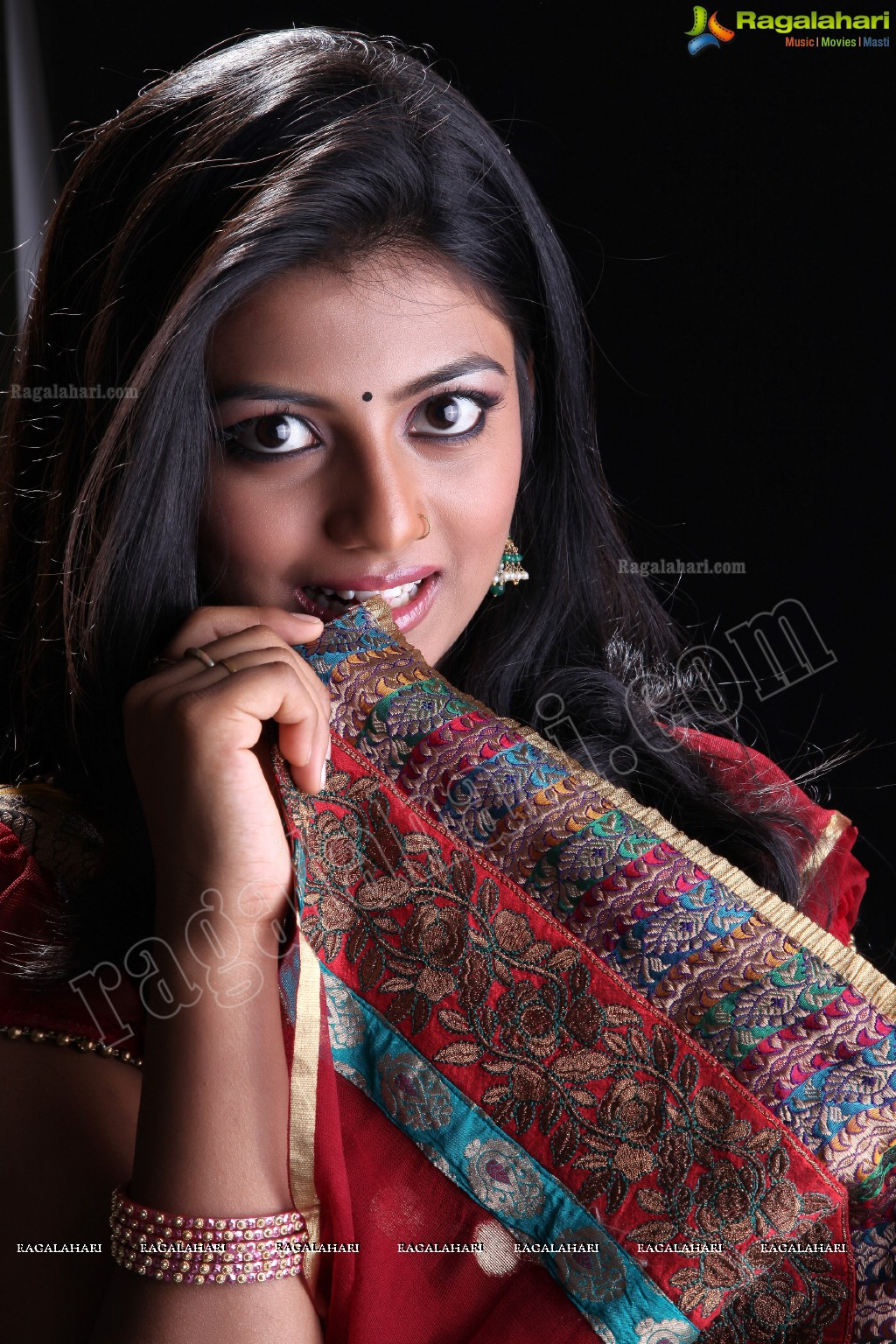 foto Rakshita