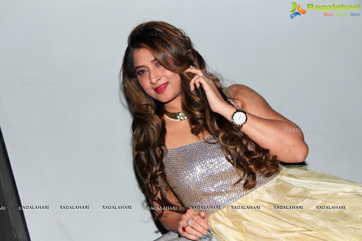 Farah Khan Image 40 Telugu Hero Galleryimages Photos Pictures