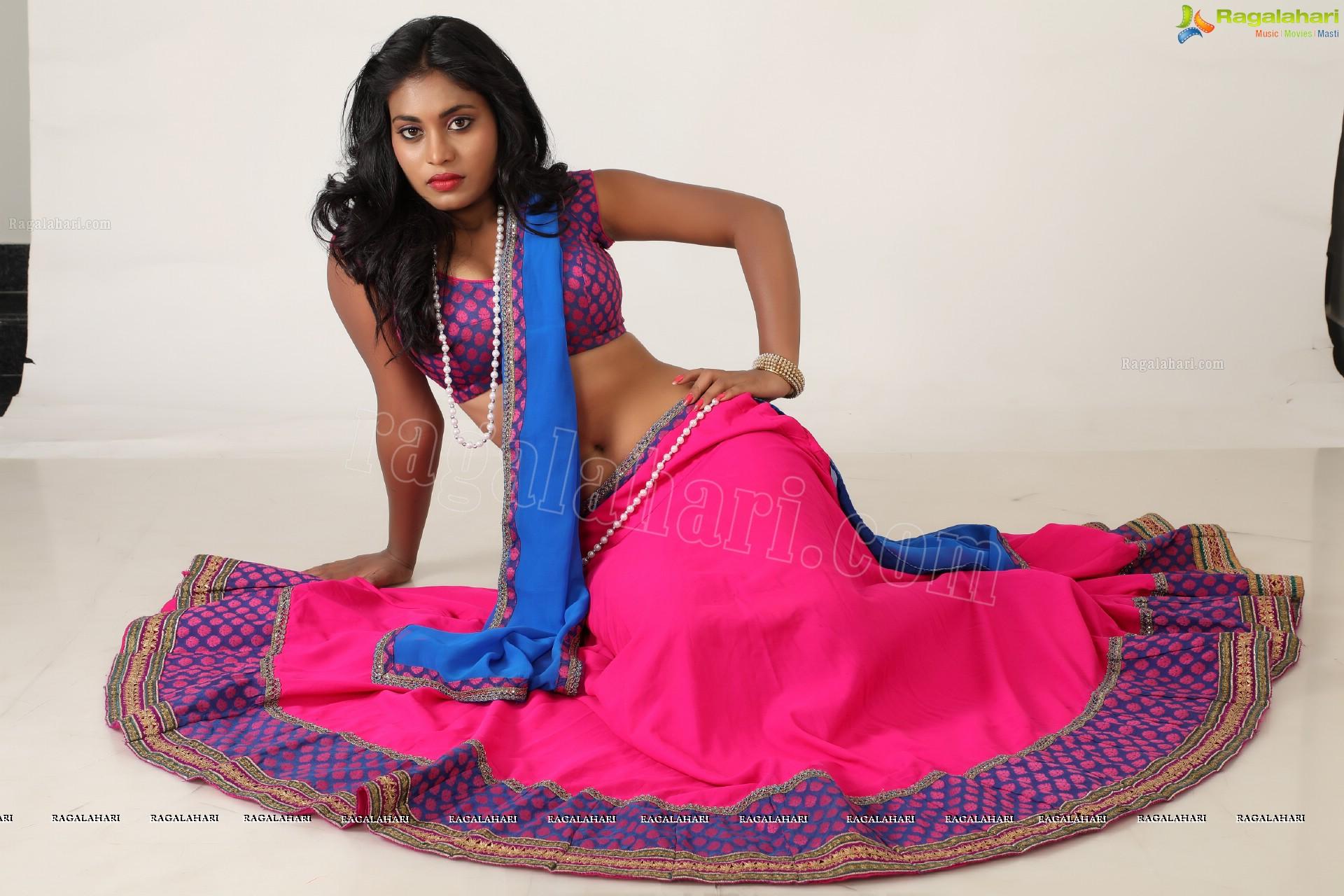 Priyanka Augustin So Sexy In Half Saree Showing Her Curvy