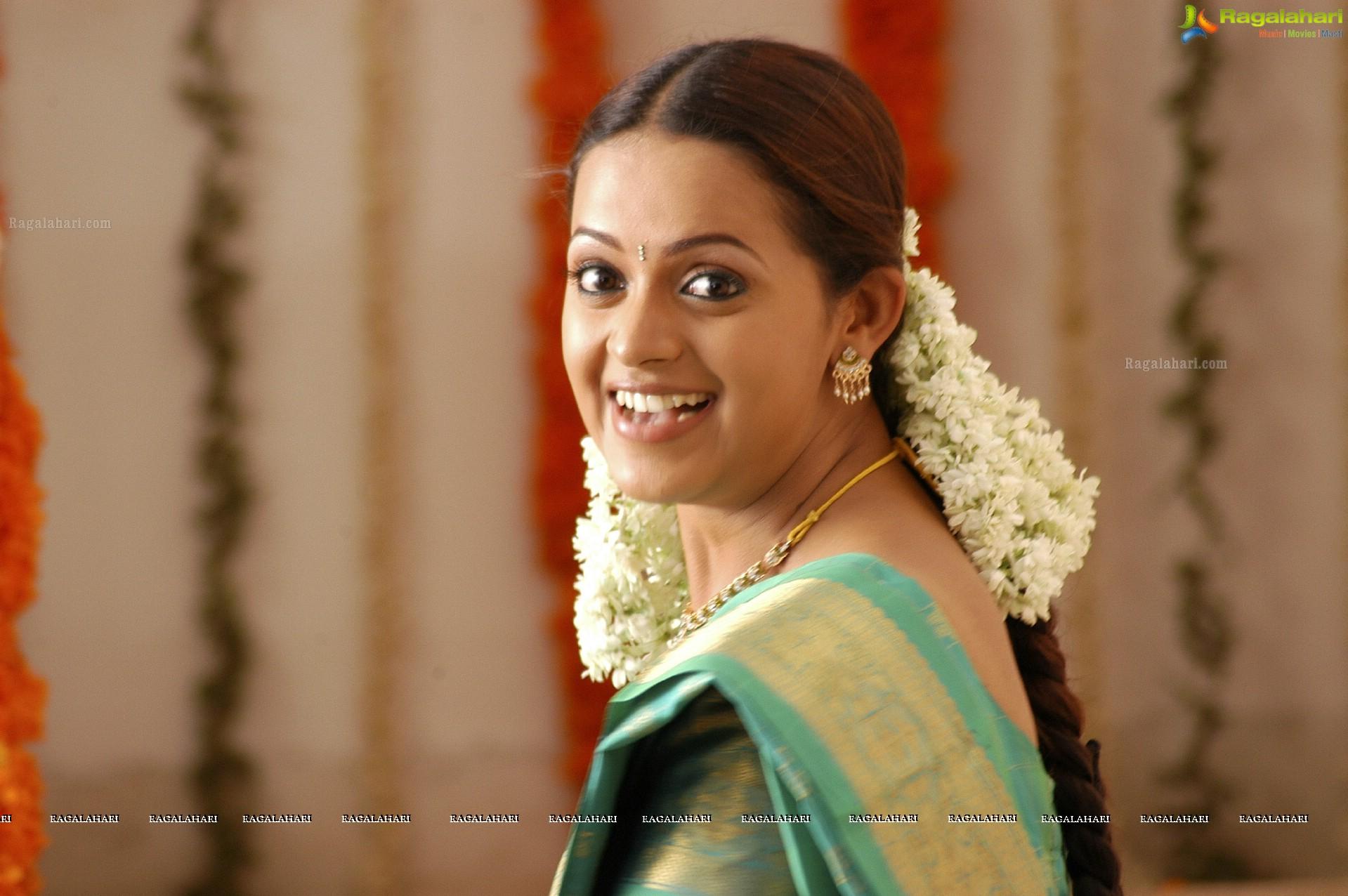 Bhavana hd image 16 tollywood actress hot imagesimages photos bhavana hd altavistaventures Image collections