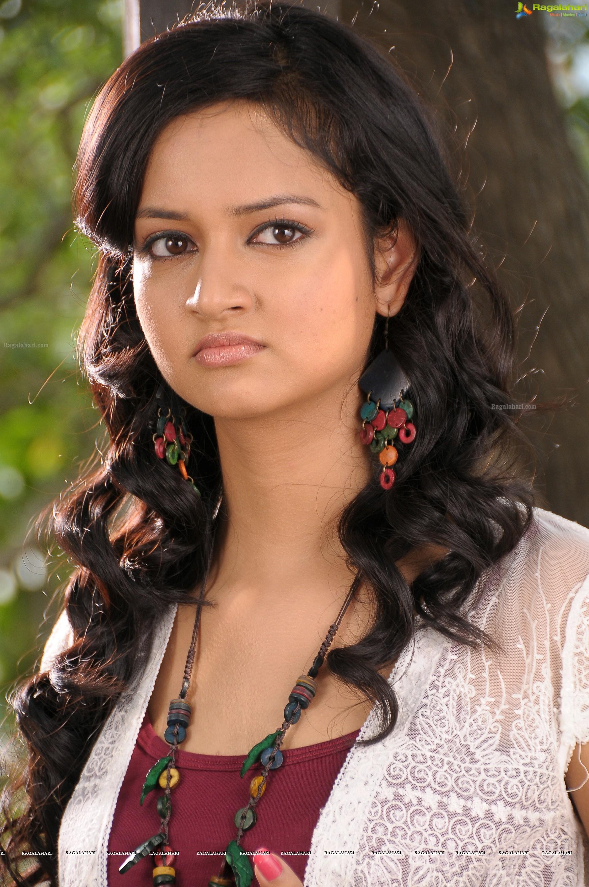 shanvi (hd) image 97 | telugu heroines images,telugu actress photos