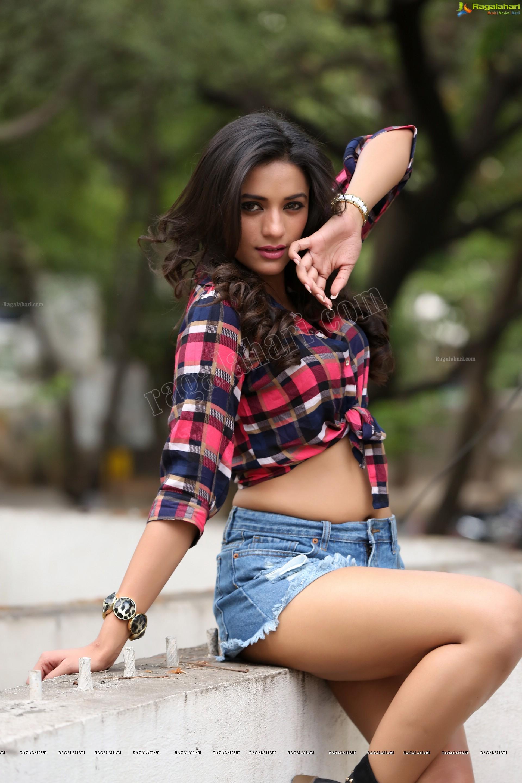Neha Sharma (Exclusive) (High Definition) Image 46 ...