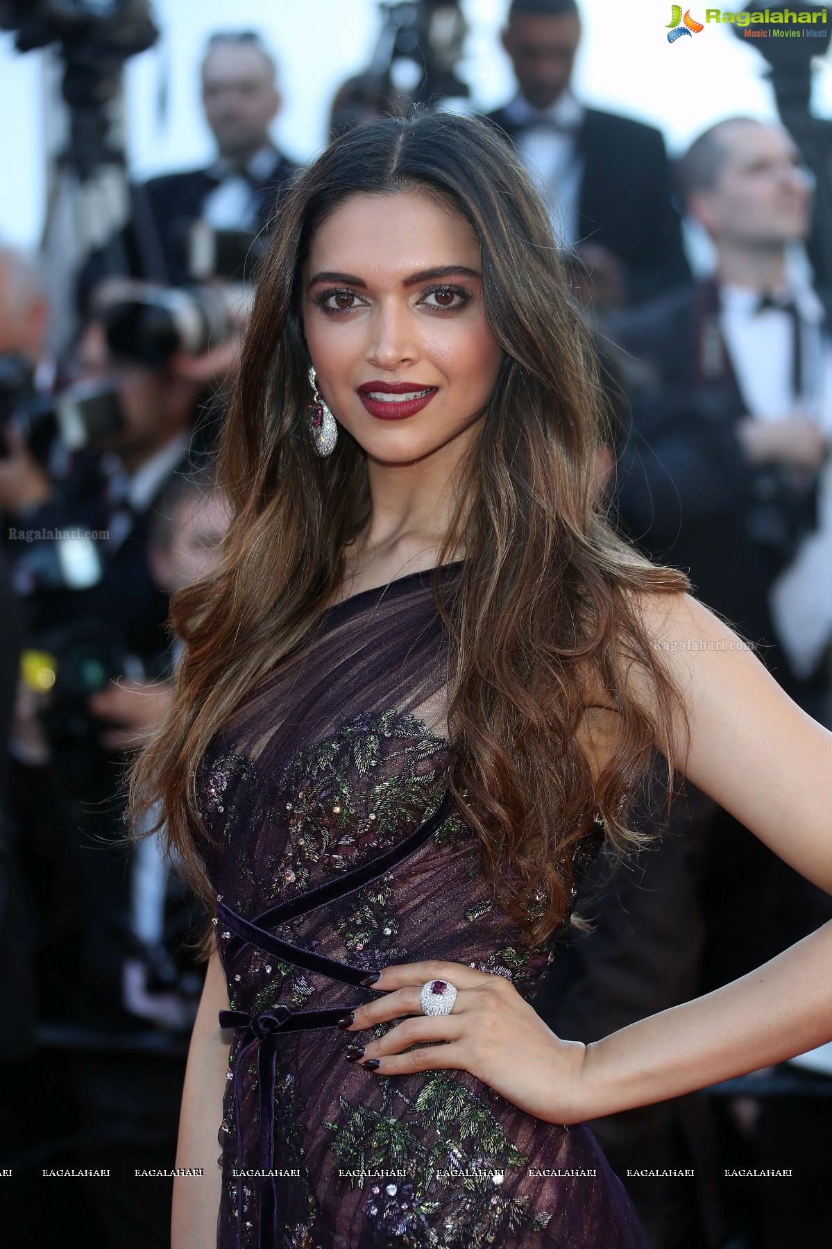 Deepika Padukone Image 1 | Tollywood Actress Wallpapers ...