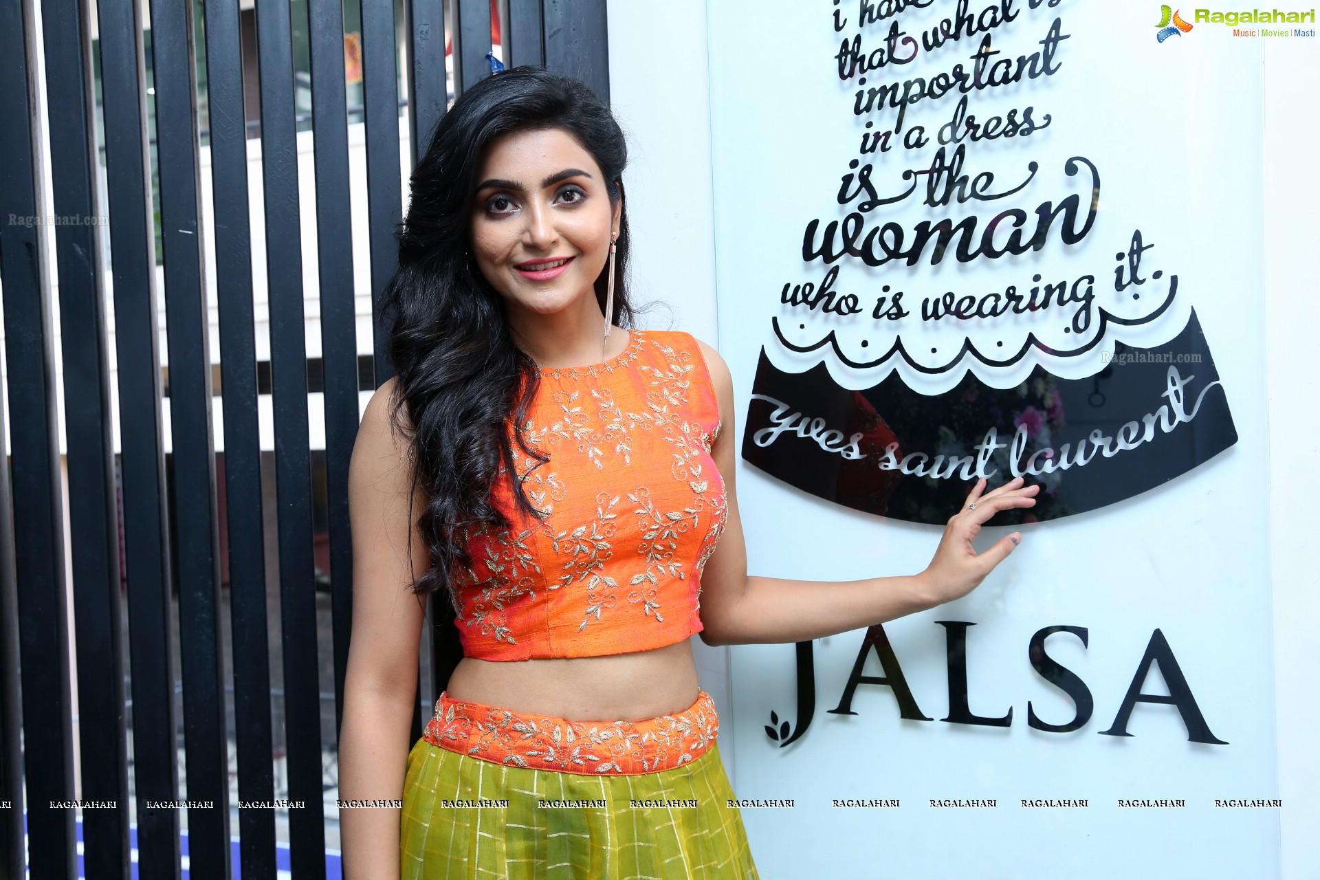 Nenjamellam Kadhal Tamil Movie Heroine Avantika Mishra Photos