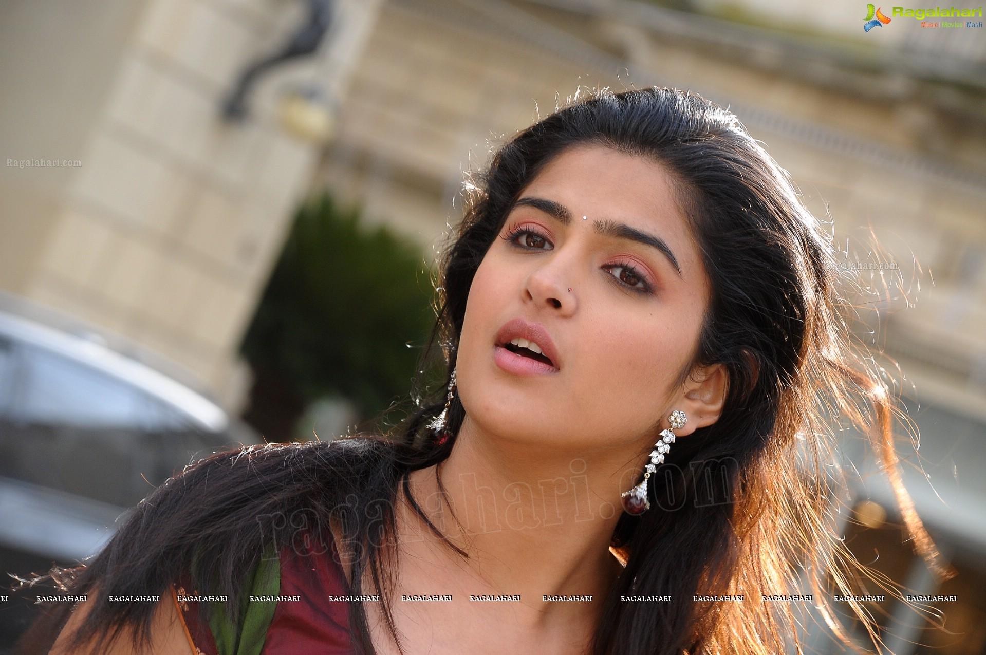 deeksha seth (high definition) image 21 | telugu actress photos