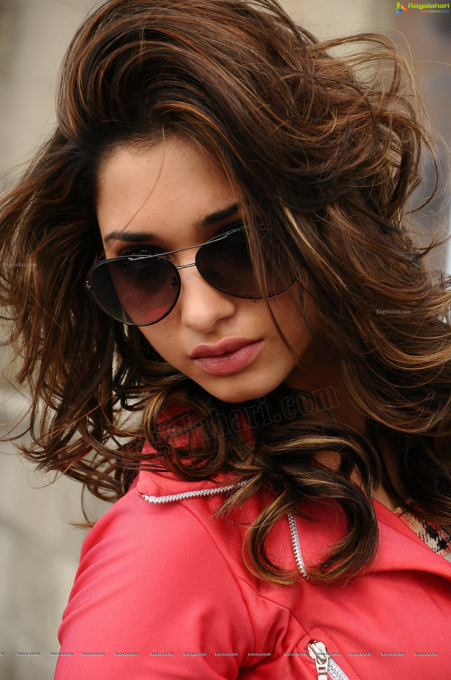 250 photos: tamanna in humshakals - super high definition photos