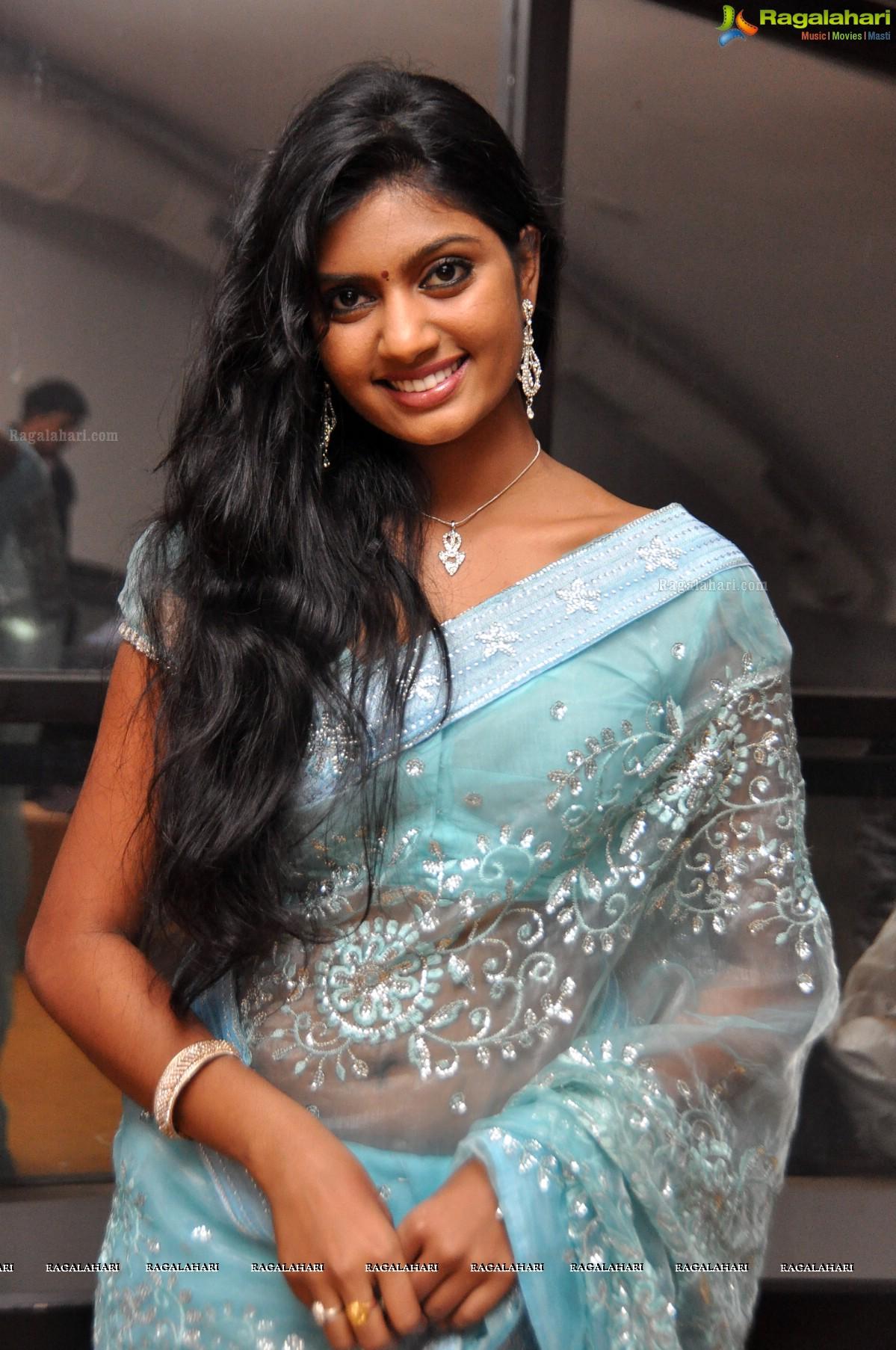 Anjana image 36 telugu actress photo gallery images for Bureau meaning in telugu