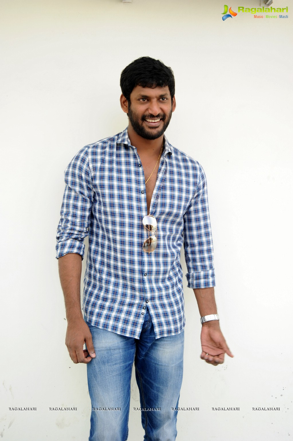 Vishal Image 1 Latest Bollywood Actor Wallpapersimages Photos