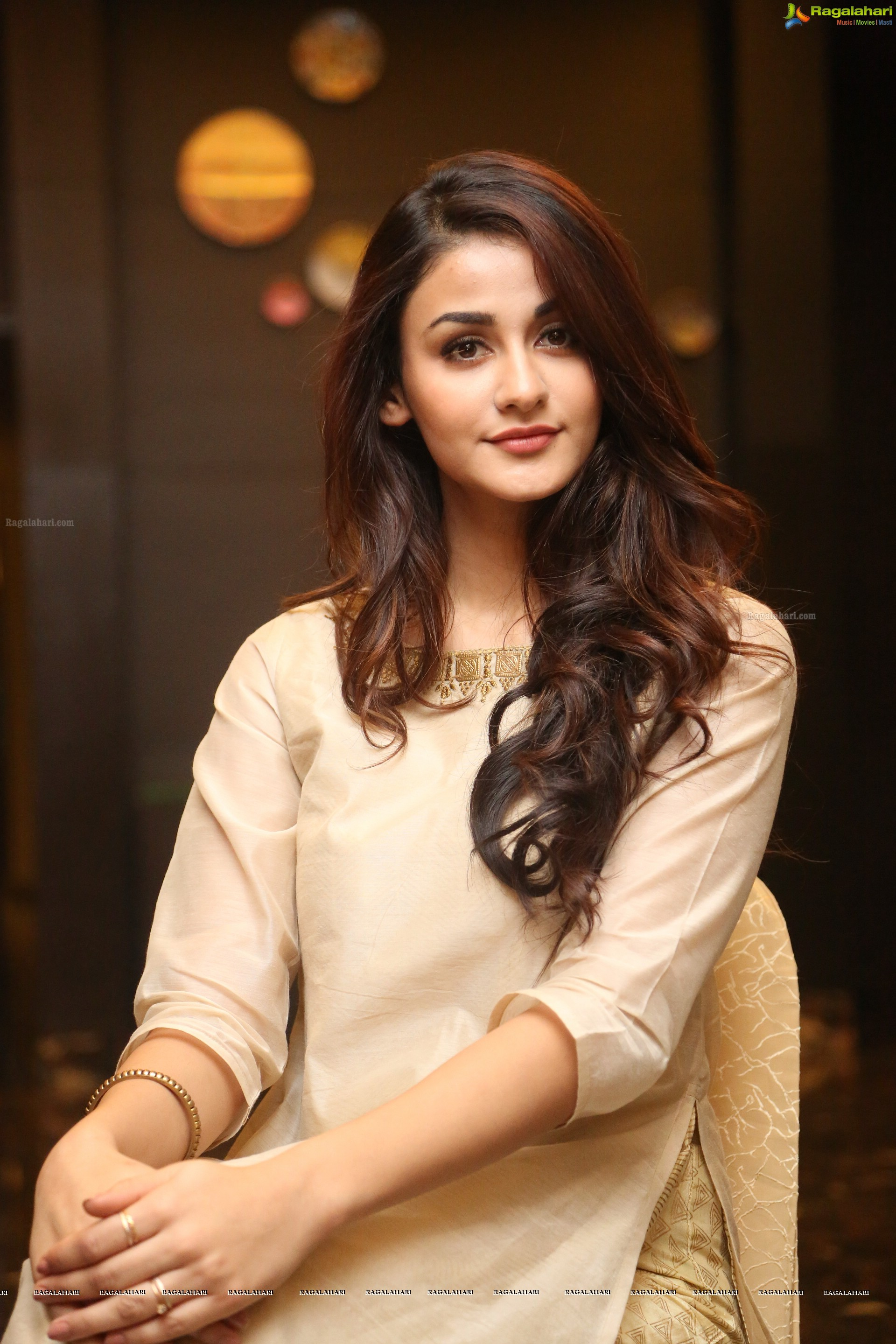 Aditi Arya High Definition Image 2063 Telugu Heroines Images