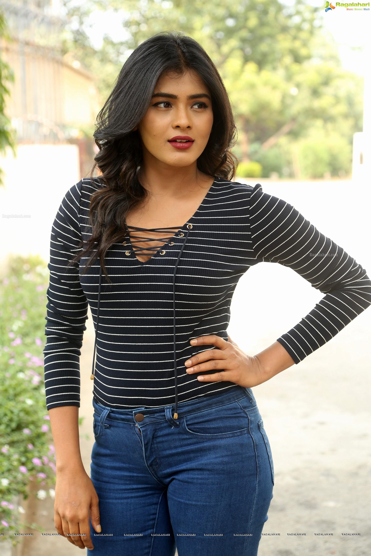 Hebah patel images 2 -  Hebah Patel