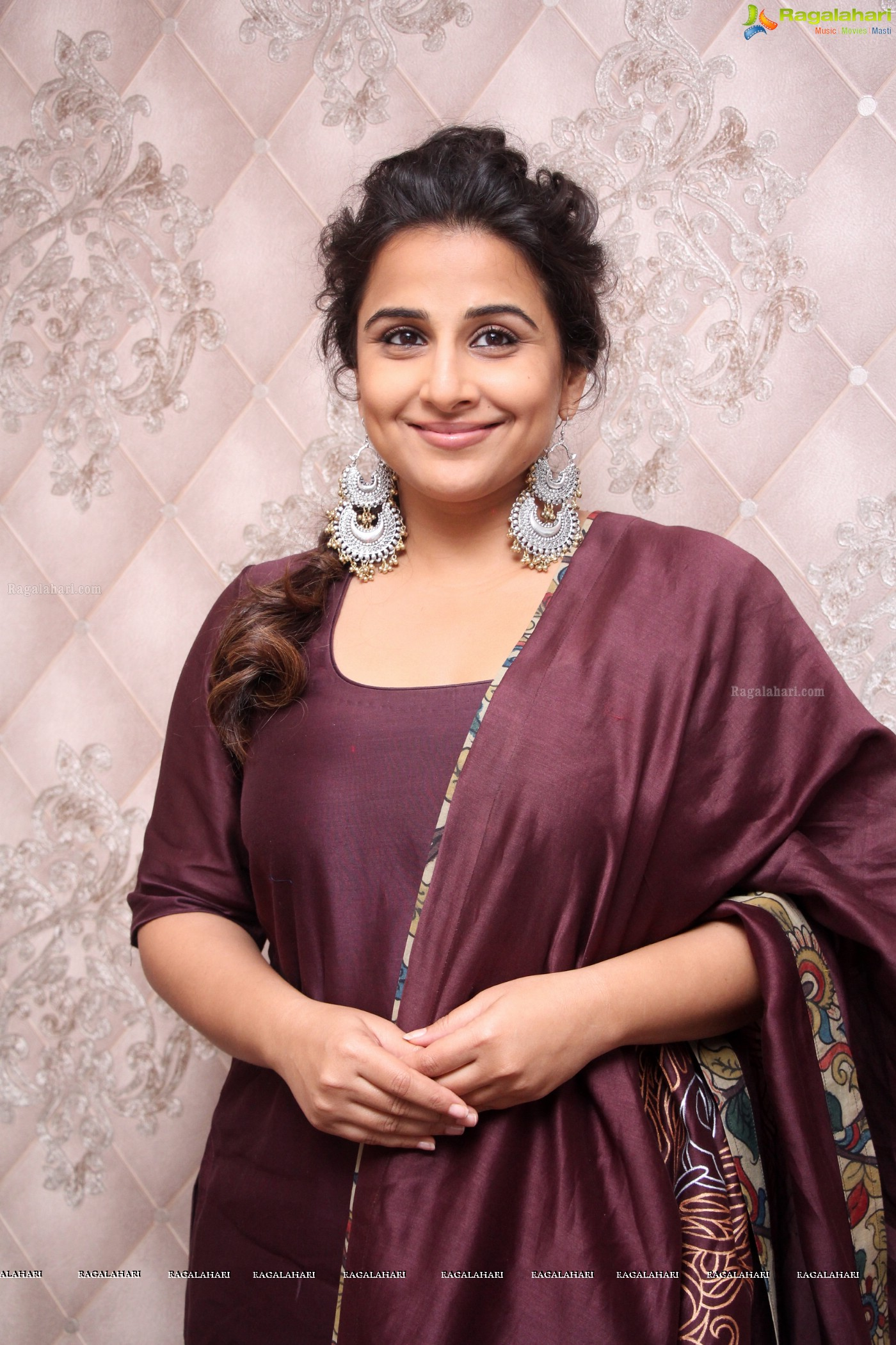 vidya balan (posters) image 9 | beautiful tollywood actress images